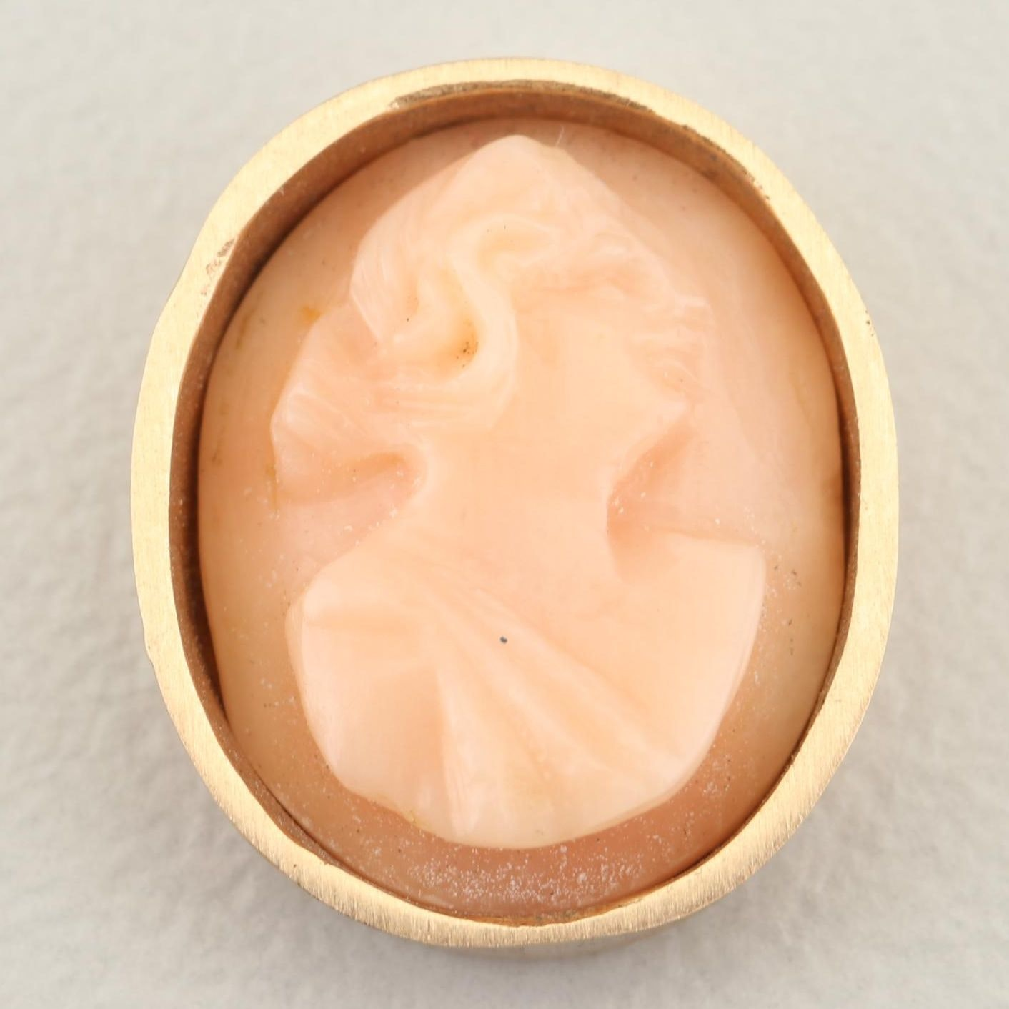 10K Yellow Gold Cameo