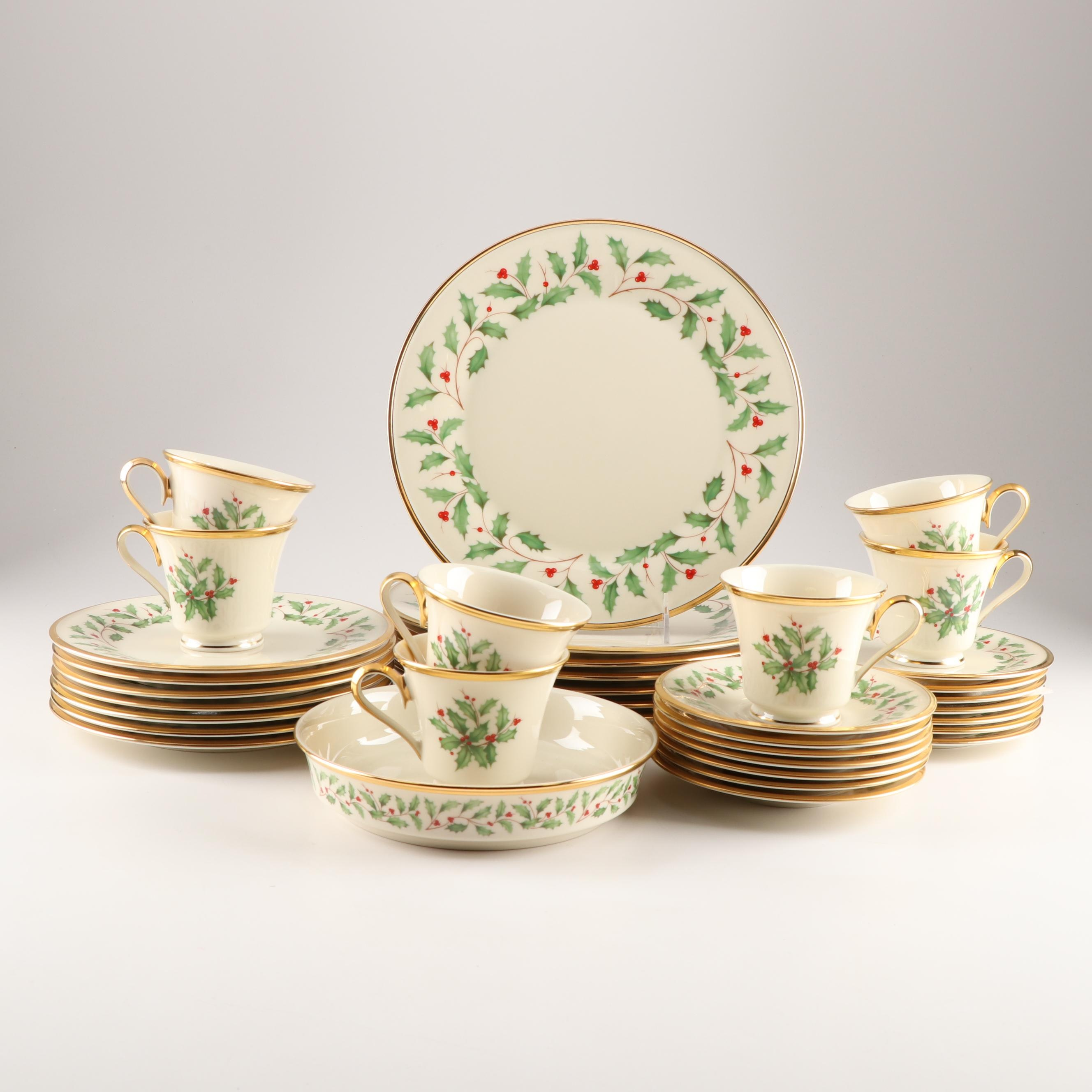 "Lenox ""Holiday"" Porcelain Dinnerware"