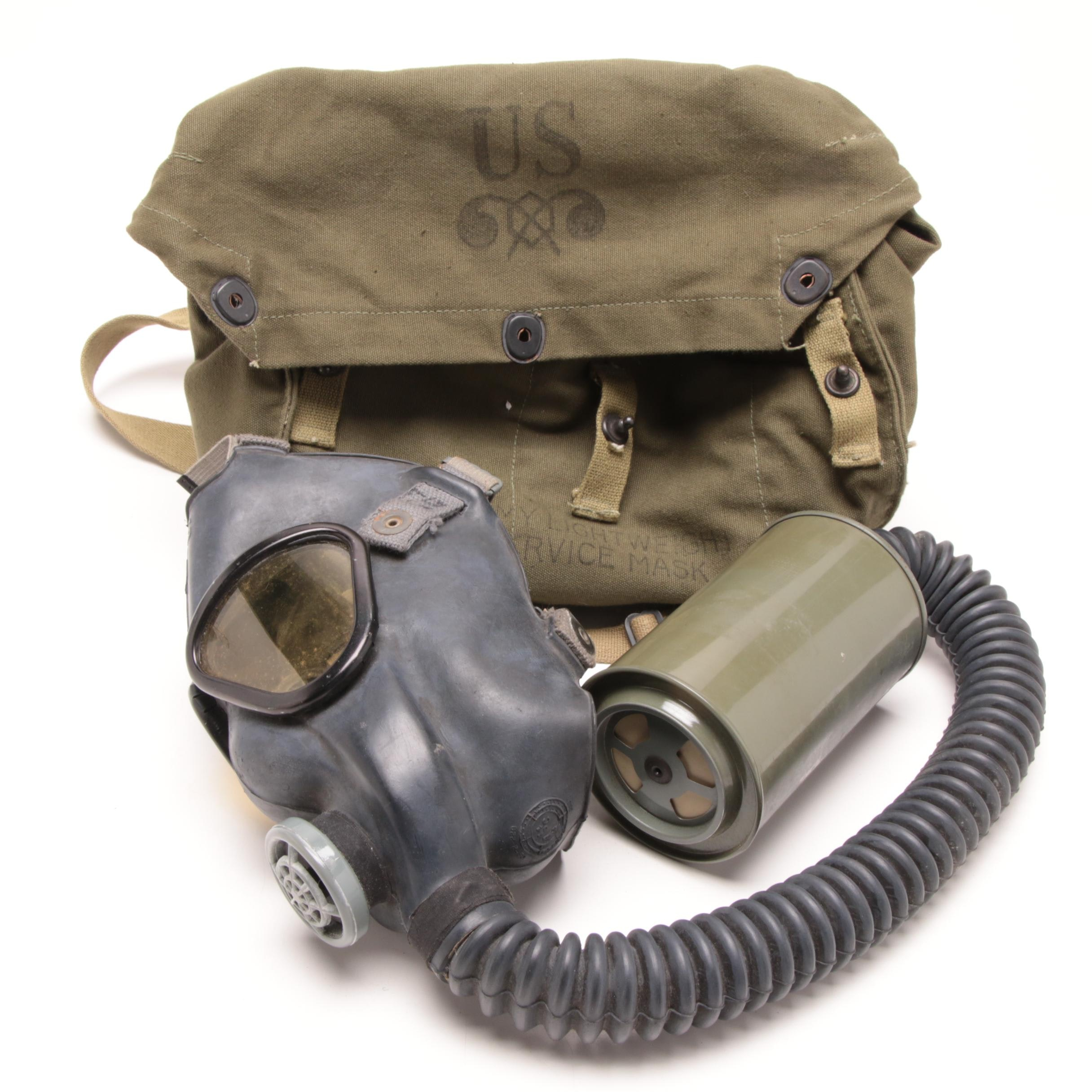WWII Era United States Army Issued Light Weight Service Mask with Backpack