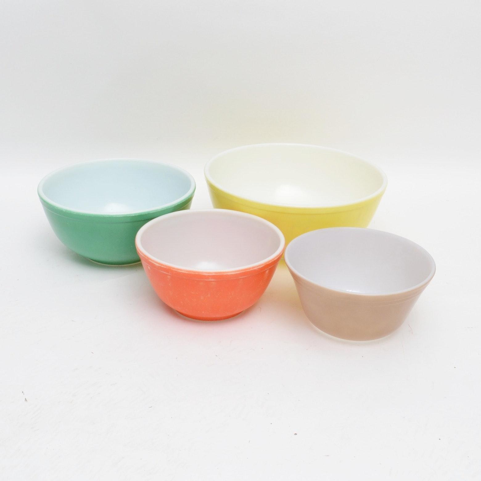 Four Pyrex Mixing Bowls