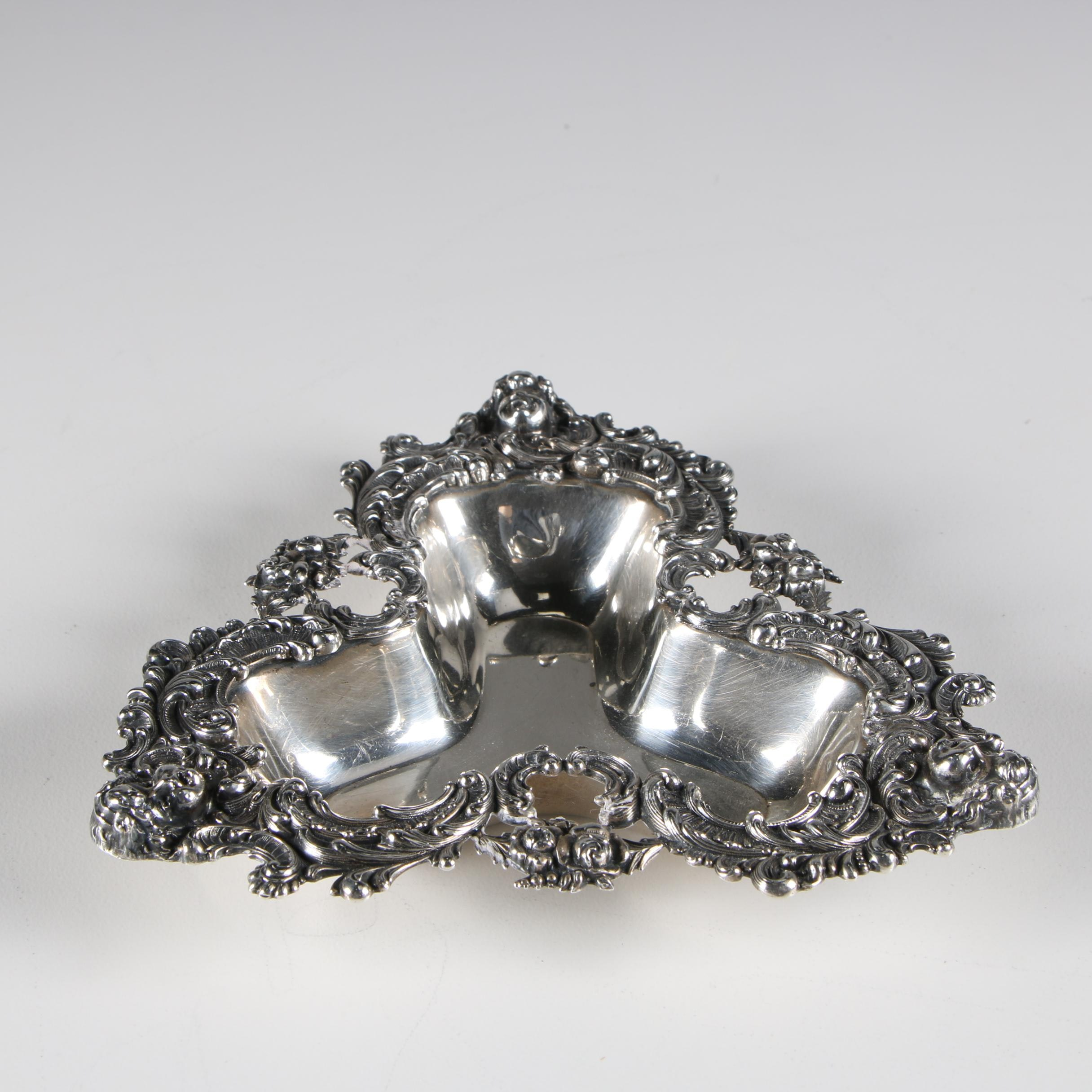 Wm B. Kerr & Co. Art Nouveau Sterling Trefoil Bon Bon Bowl, c.1920s