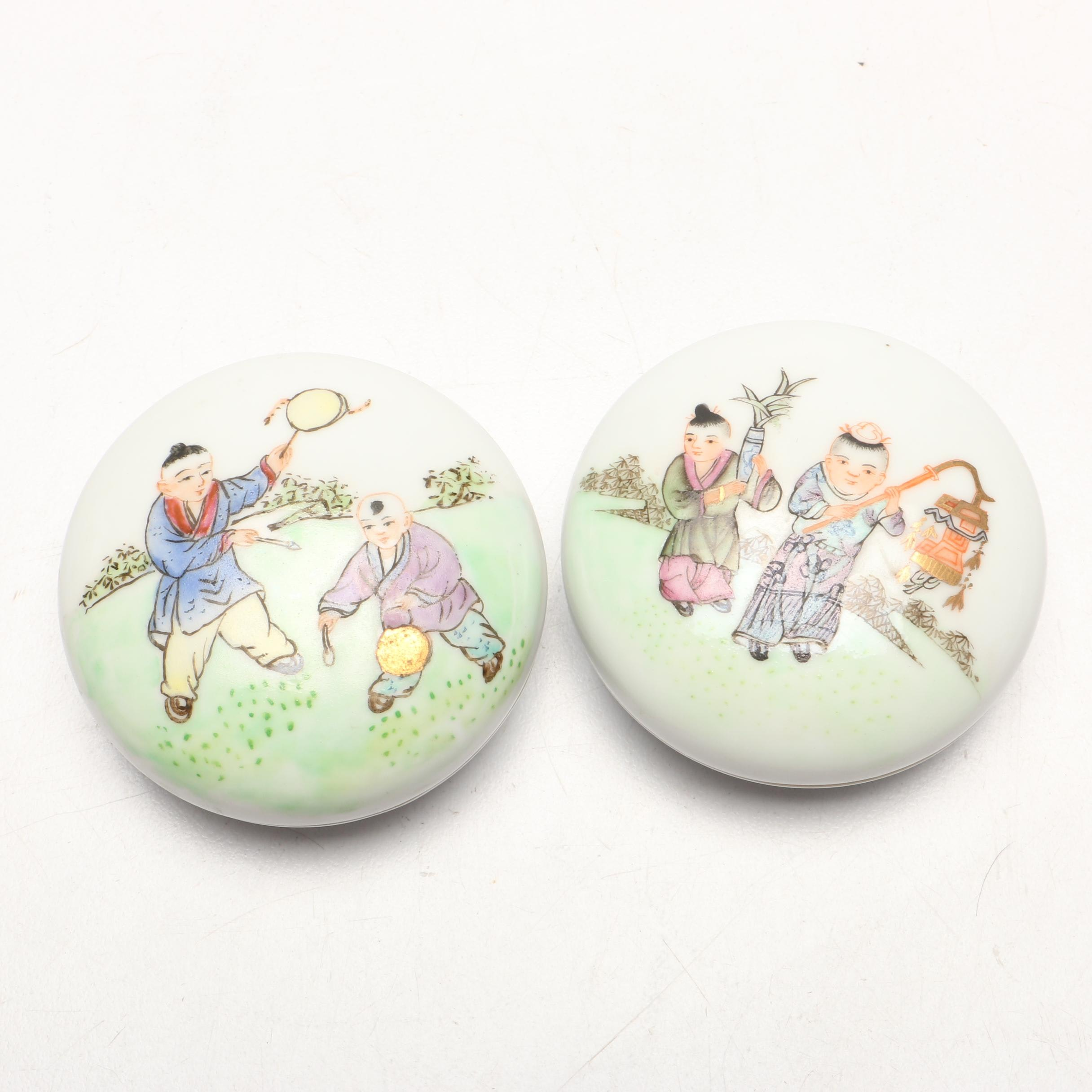 Chinese Hand-Painted Porcelain Round Seal Paste Boxes