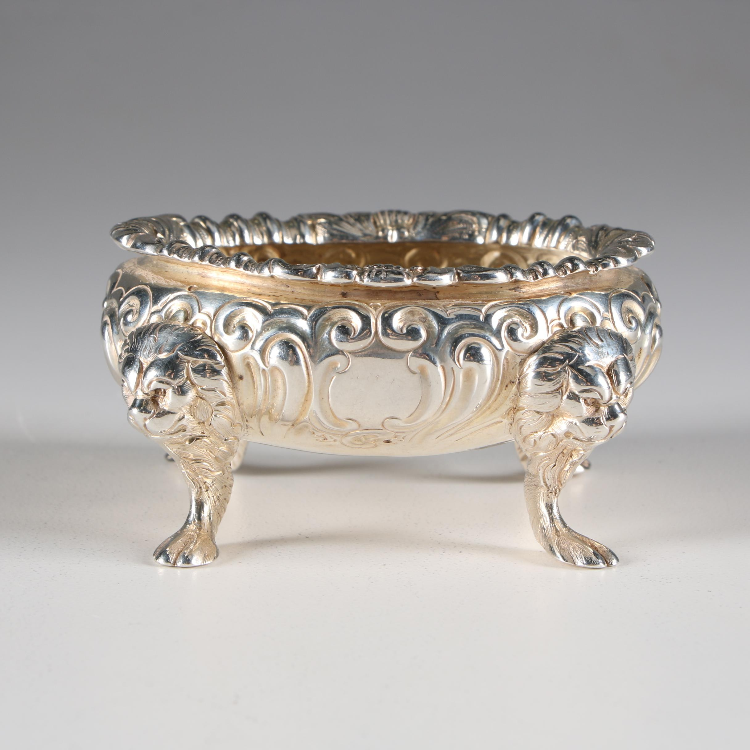 English Sterling Silver Footed  Salt Cellar with Lion Head Motifs, 1861