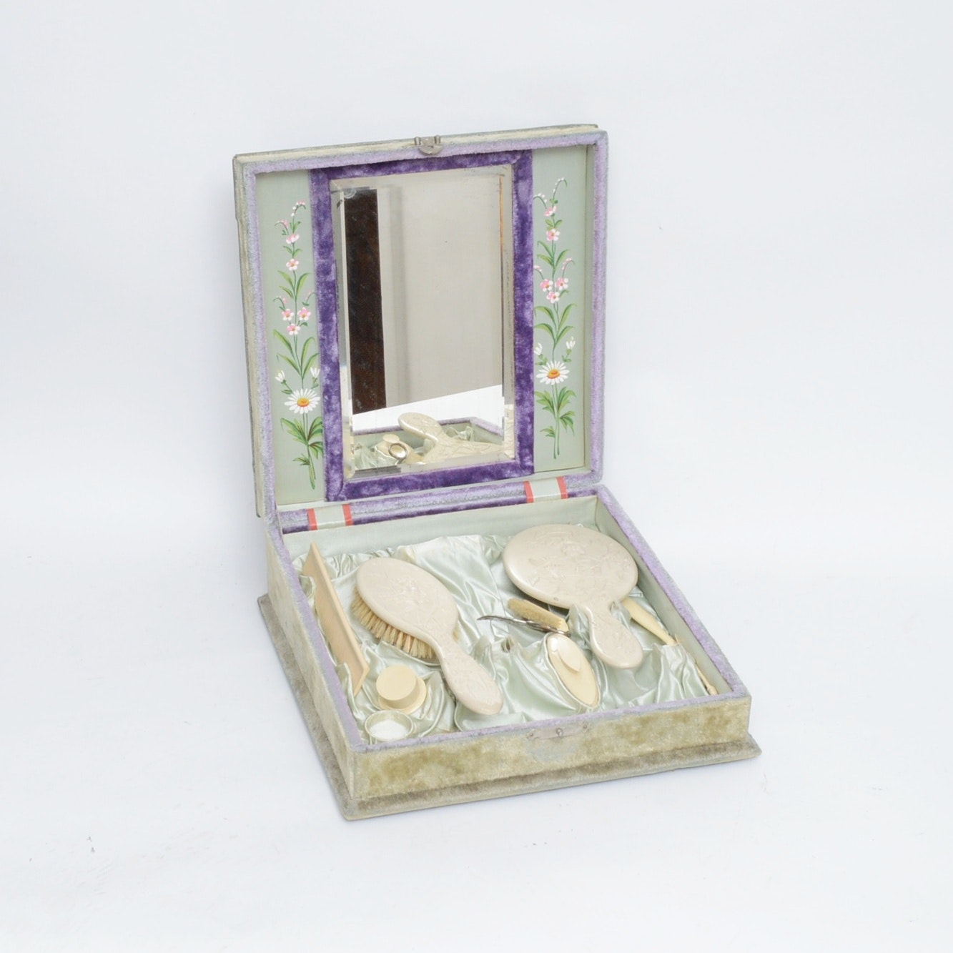 Vintage Grooming Set in Crushed Velvet Box by Adamite
