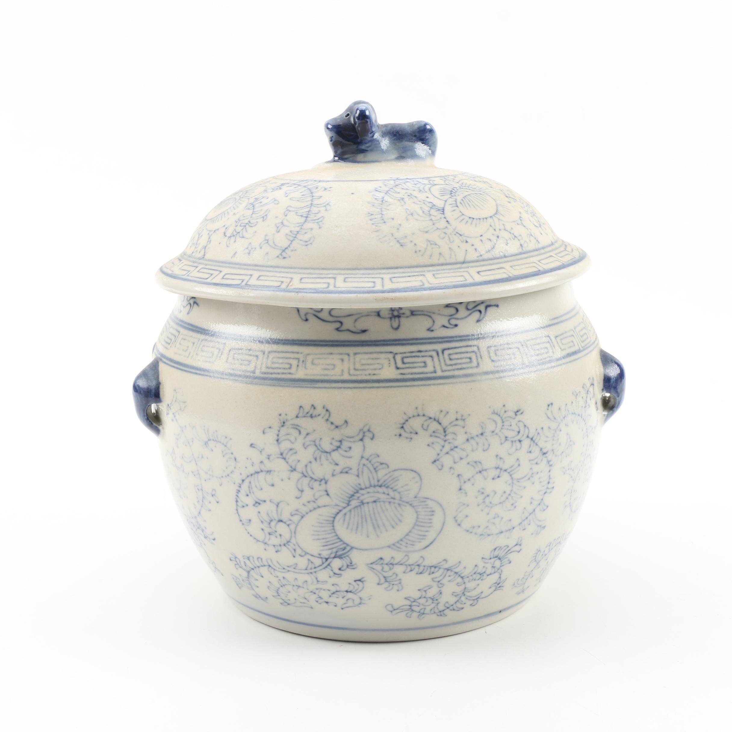 Chinese Blue and White Floral Stoneware Lidded Jar, Late 20th Century