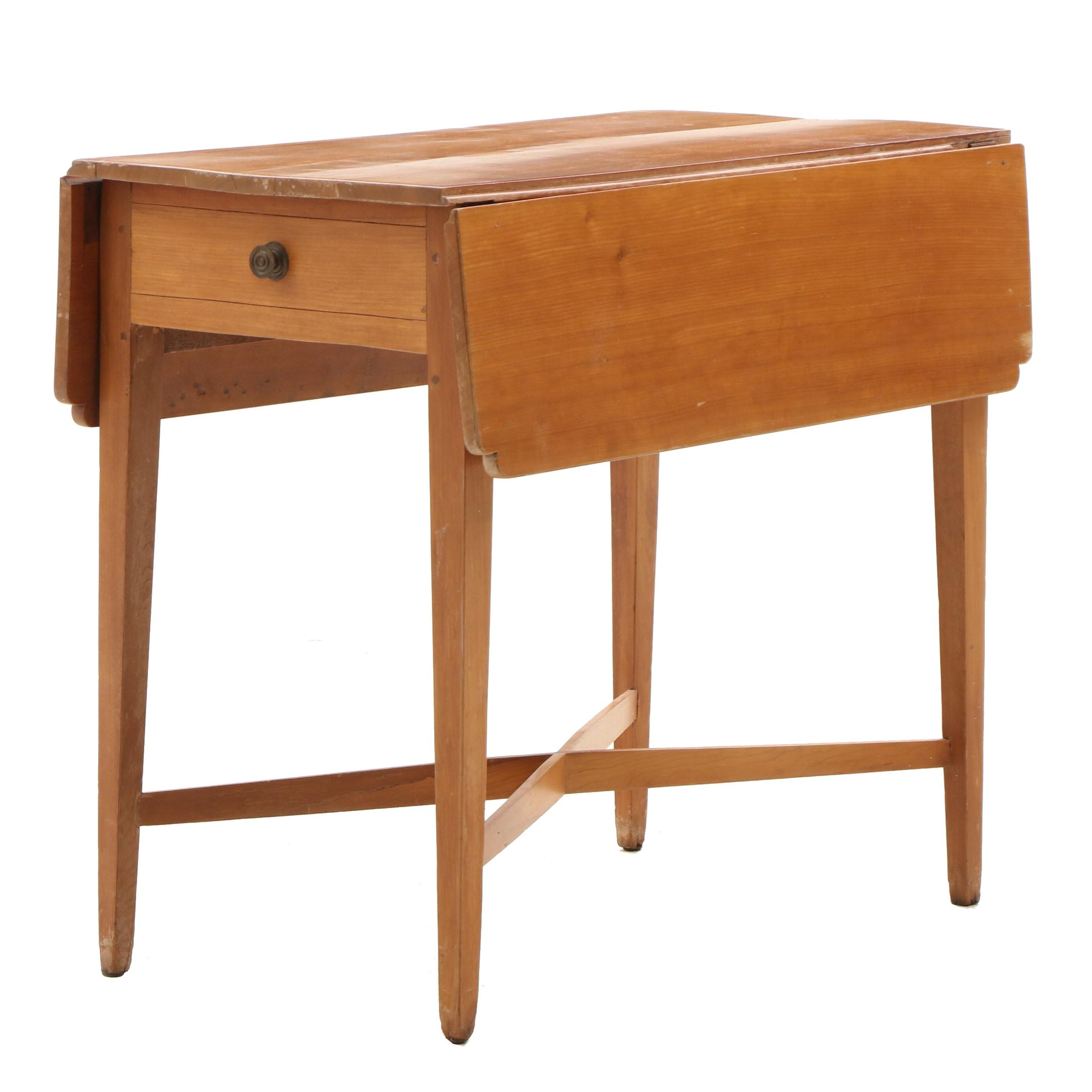 Federal Pembroke Table in Cherry