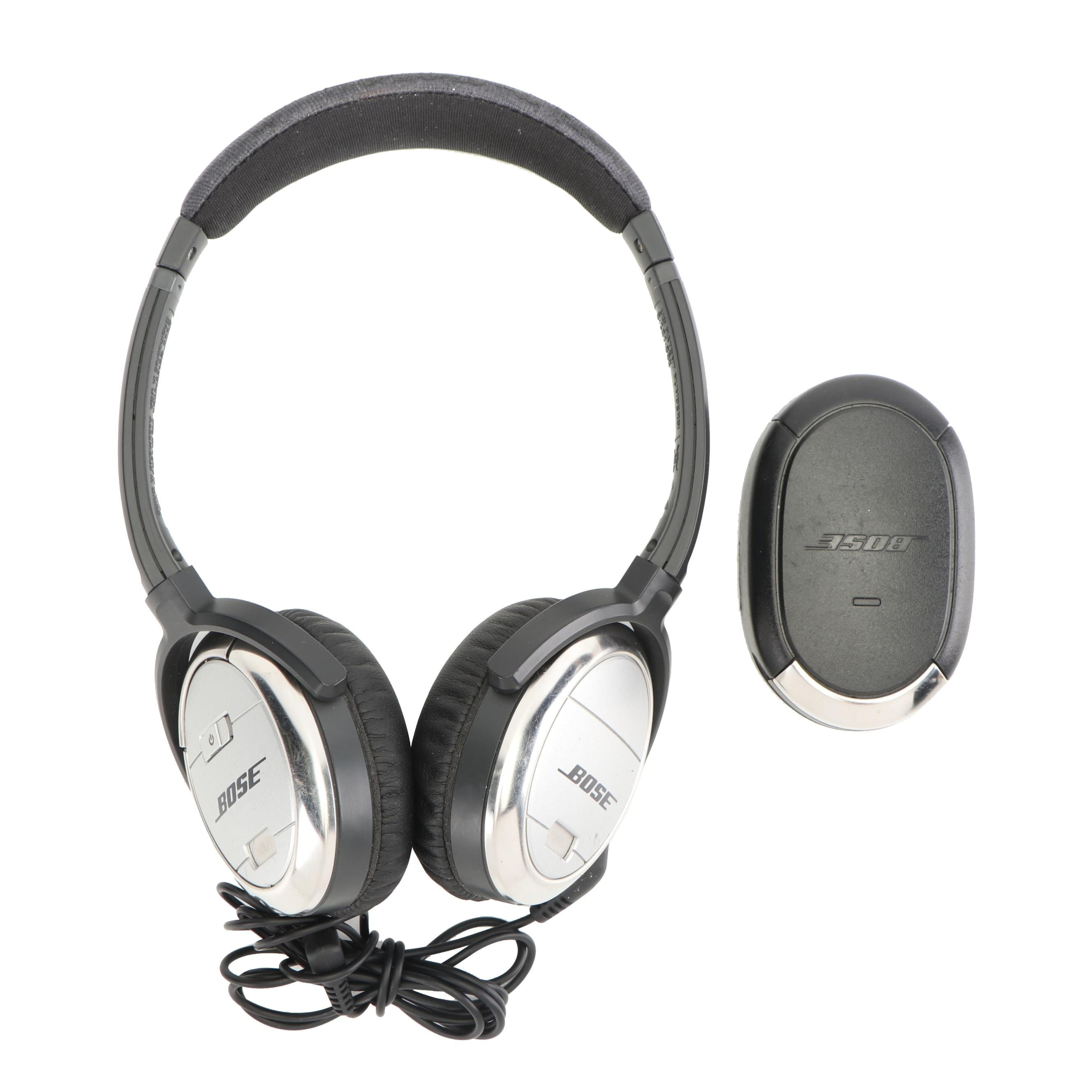 Bose QuietComfort 3 Acoustic Noise Cancelling Headphones with Battery Charger