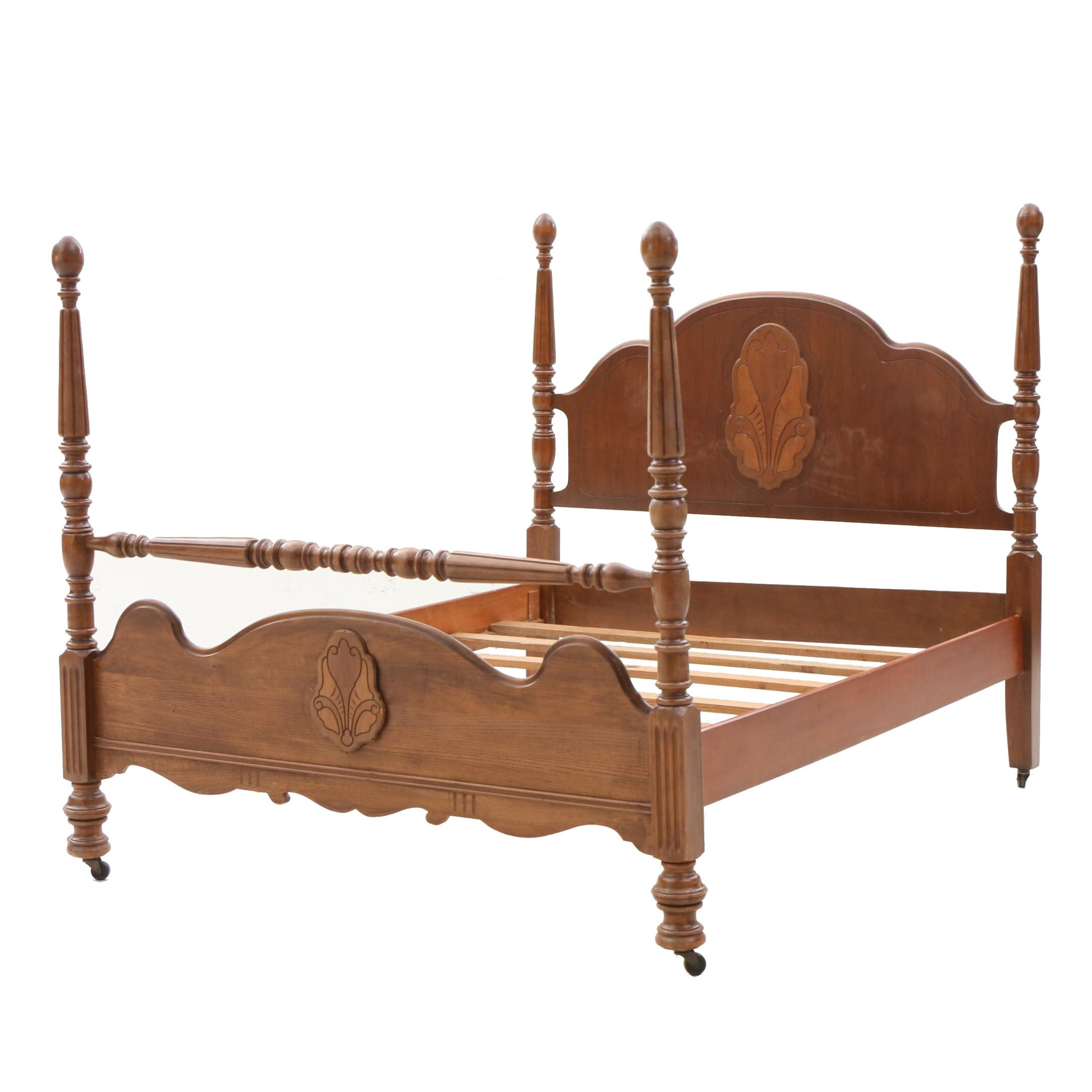 Colonial Style Walnut Full Bed