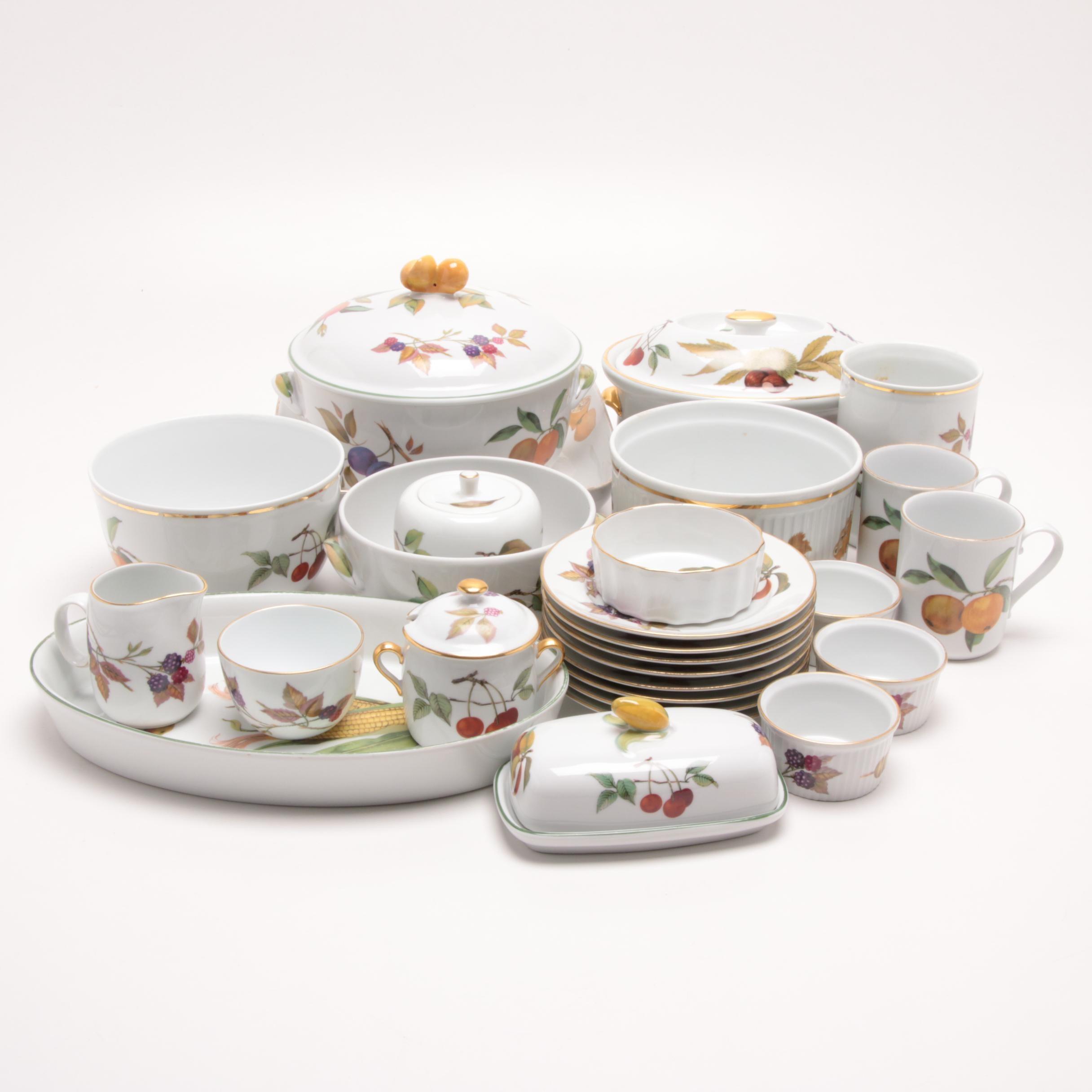 """Royal Worcester """"Evesham Vale"""" Porcelain Tableware"""