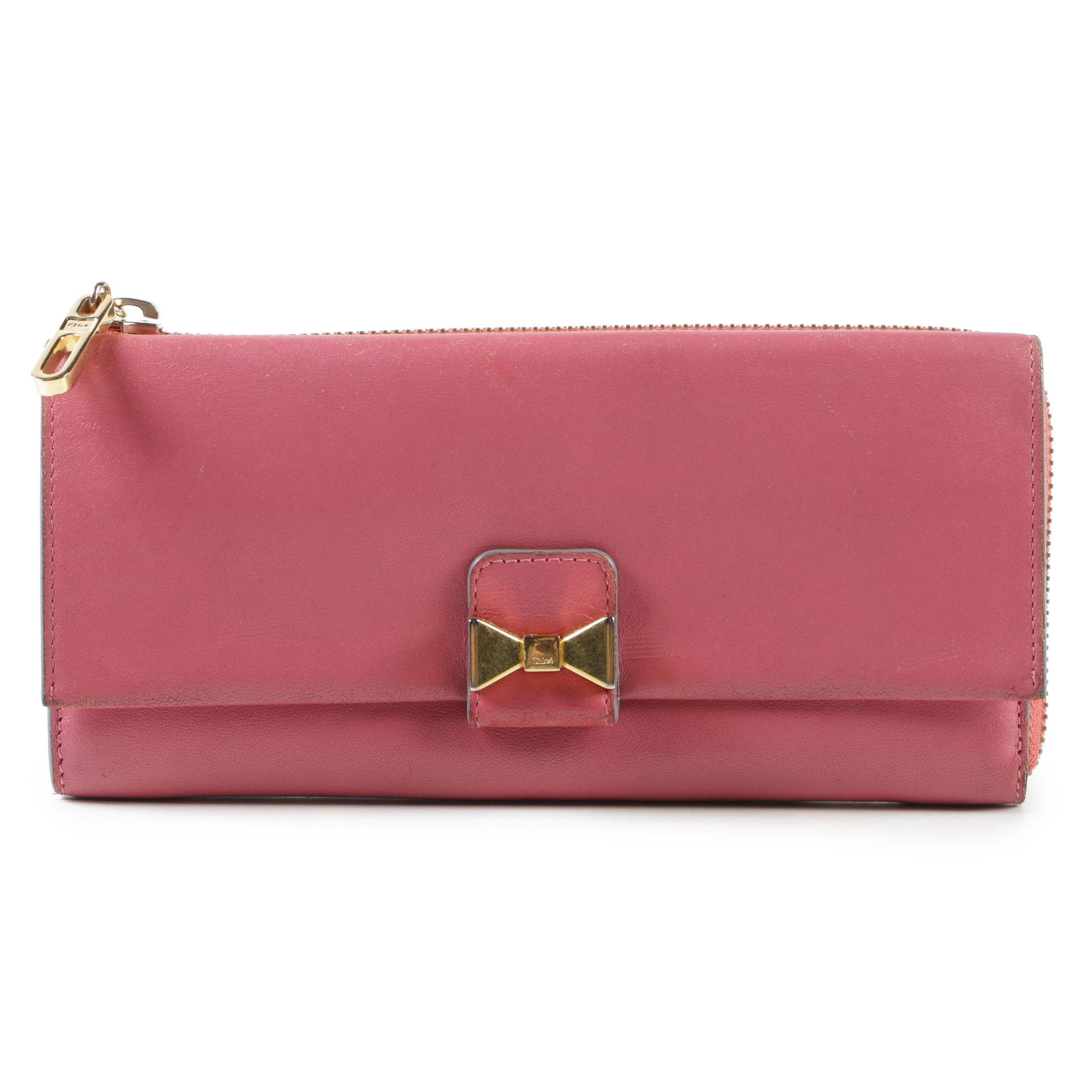 Chloé Leather Pink Island Accordion Wallet with Gold Tone Bow