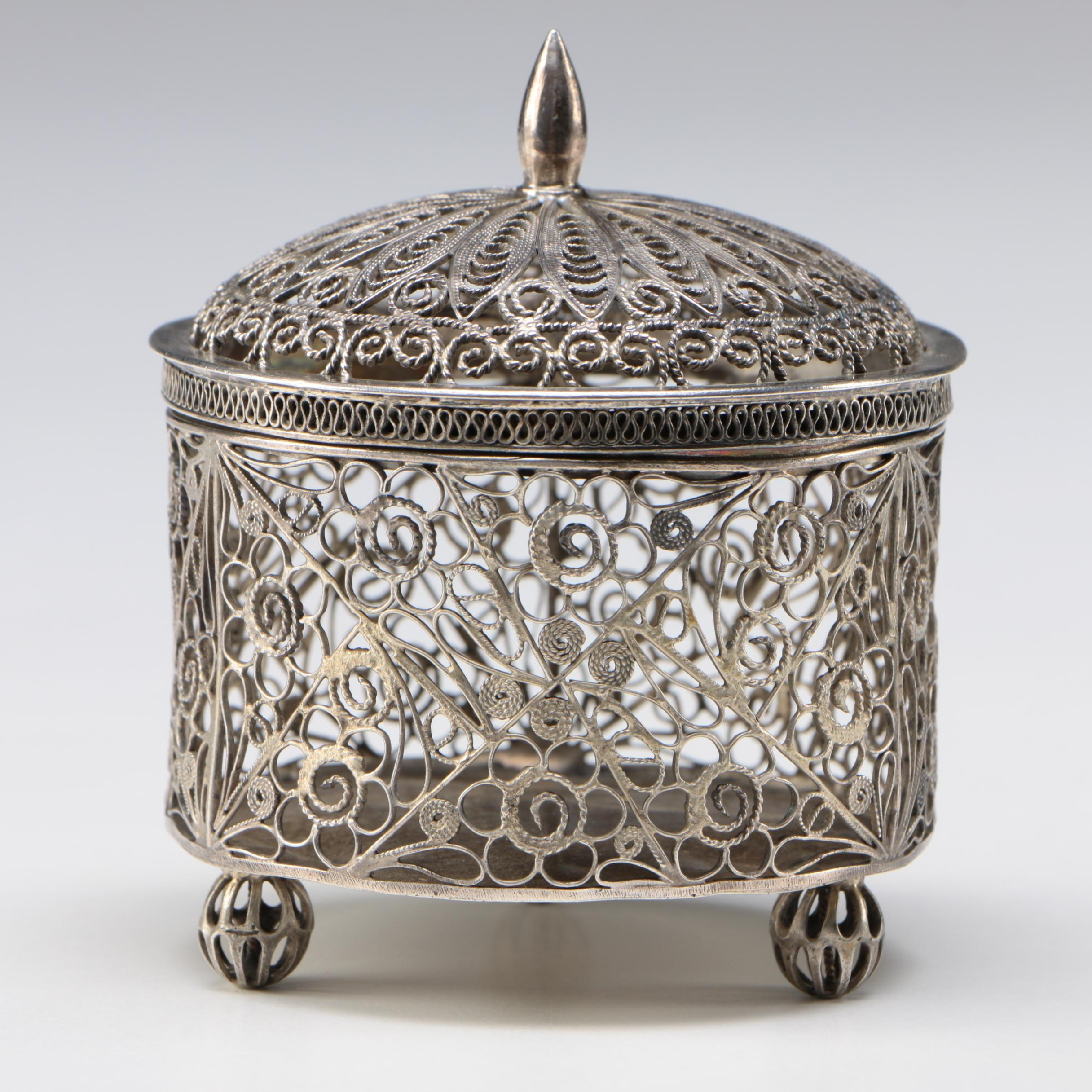 Chinese Sterling Silver Filigree Covered Box, Late Qing Dynasty