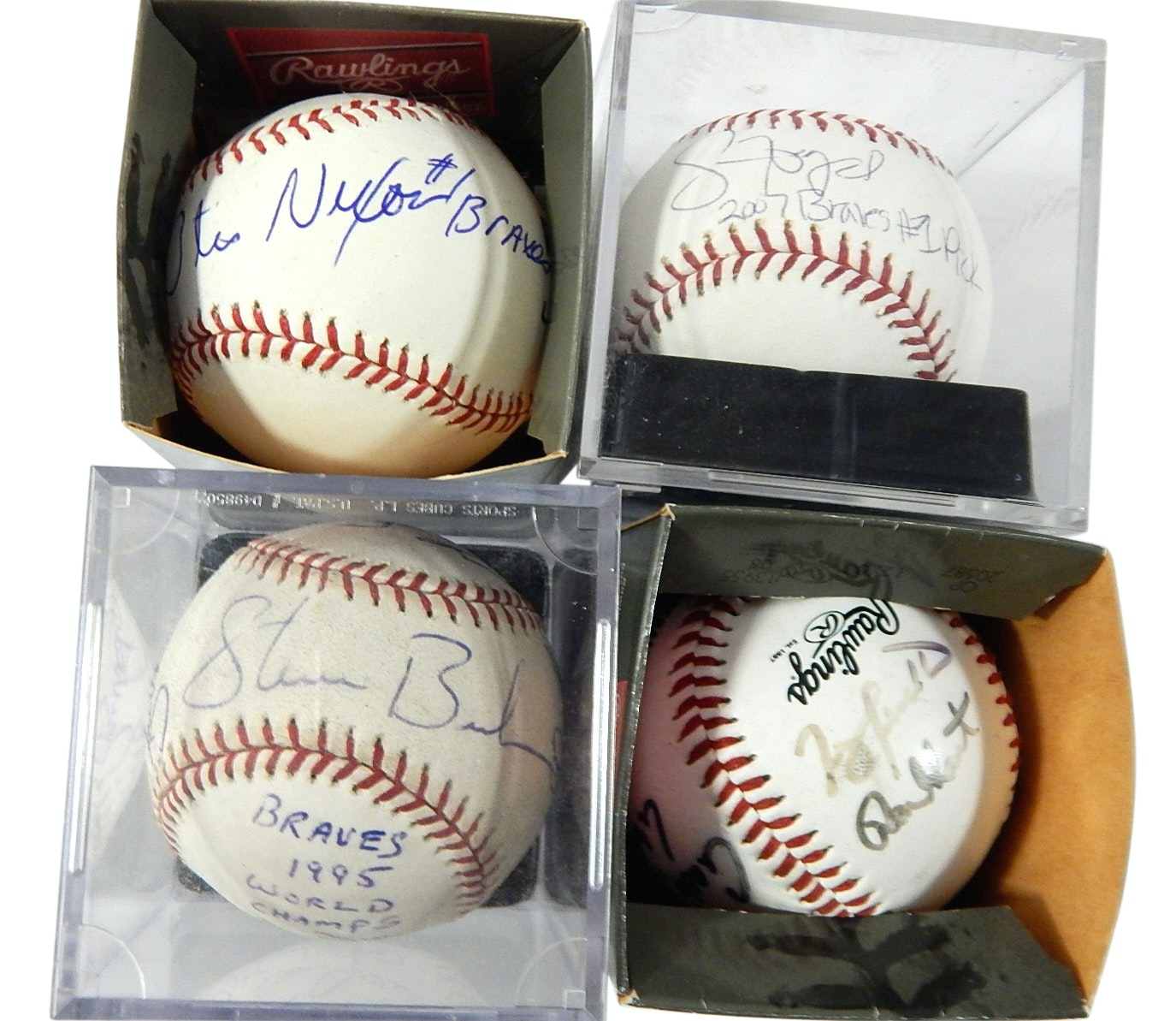 Atlanta Braves Signed Bud Selig Baseballs with Signed 1995 World Champions
