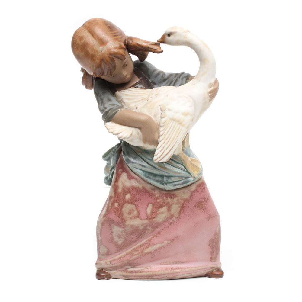 """Lladro Ceramic Figurine """"Goose Pulling Pigtail"""""""