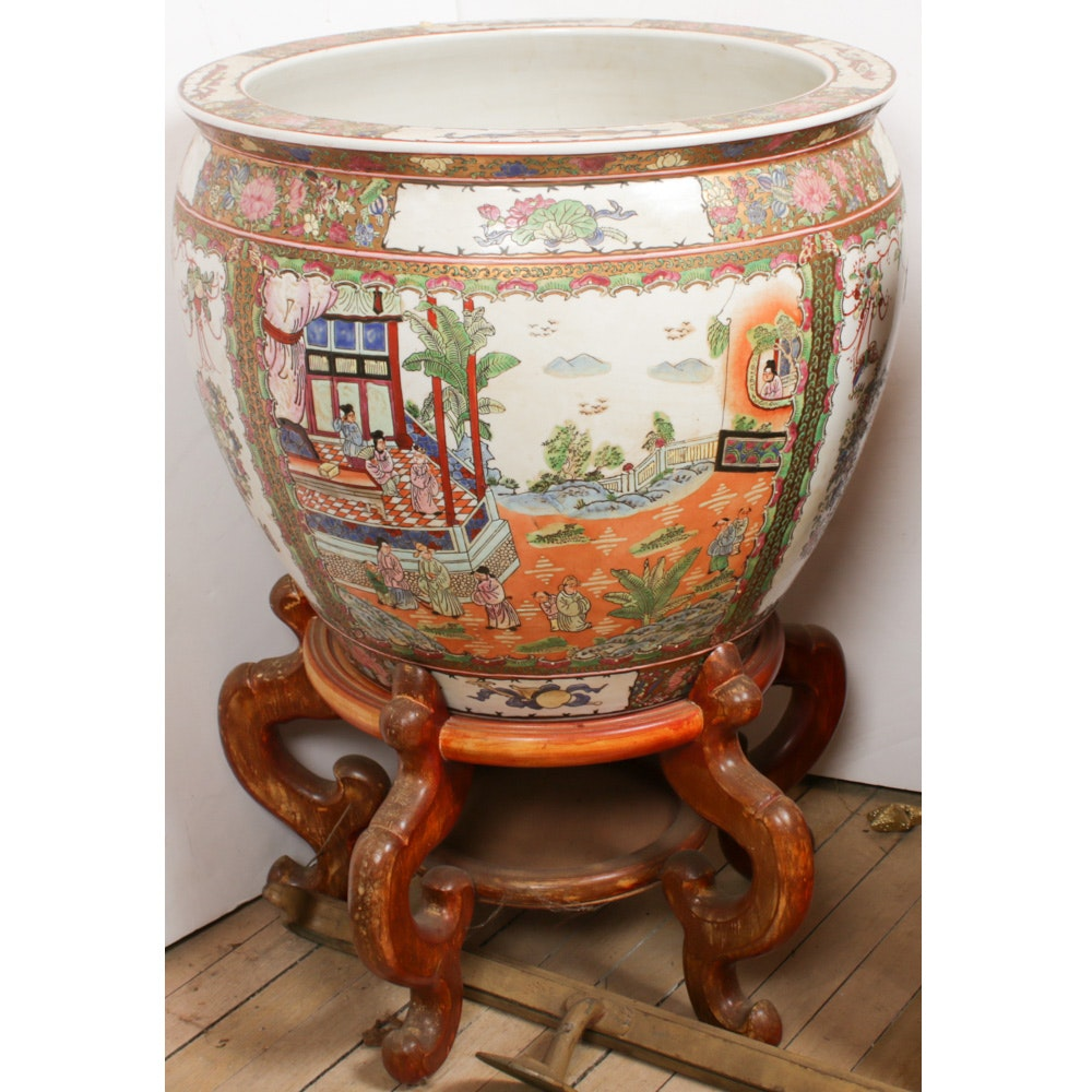 """Chinese """"Rose Medallion"""" Ceramic Fishbowl Jardinière on Carved Wood Stand"""