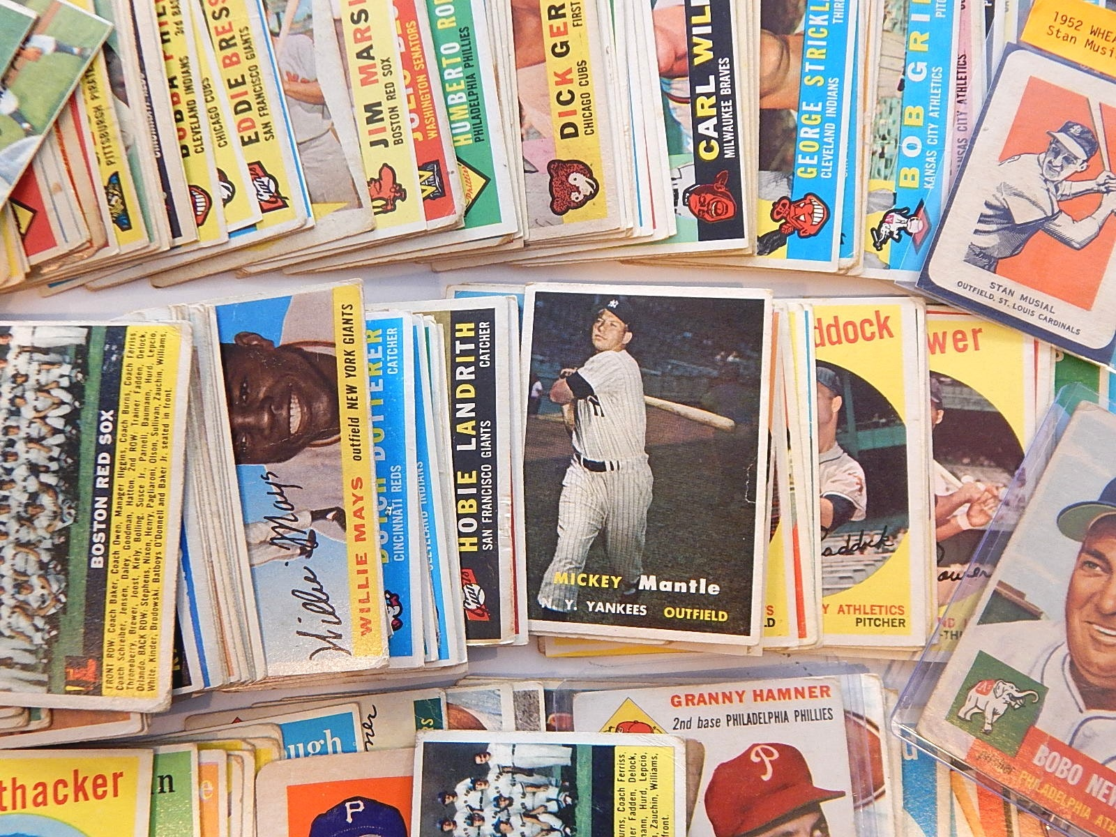 1952 thru 1961 Baseball Cards with 1957 Topps Mickey Mantle #95 - 330 Count