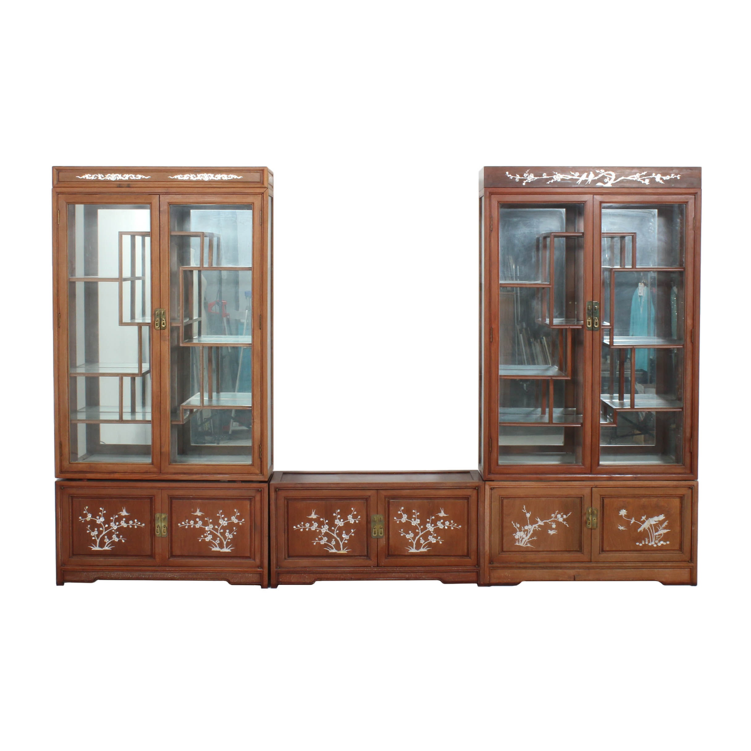 Chinese Style Wooden Display Cabinet