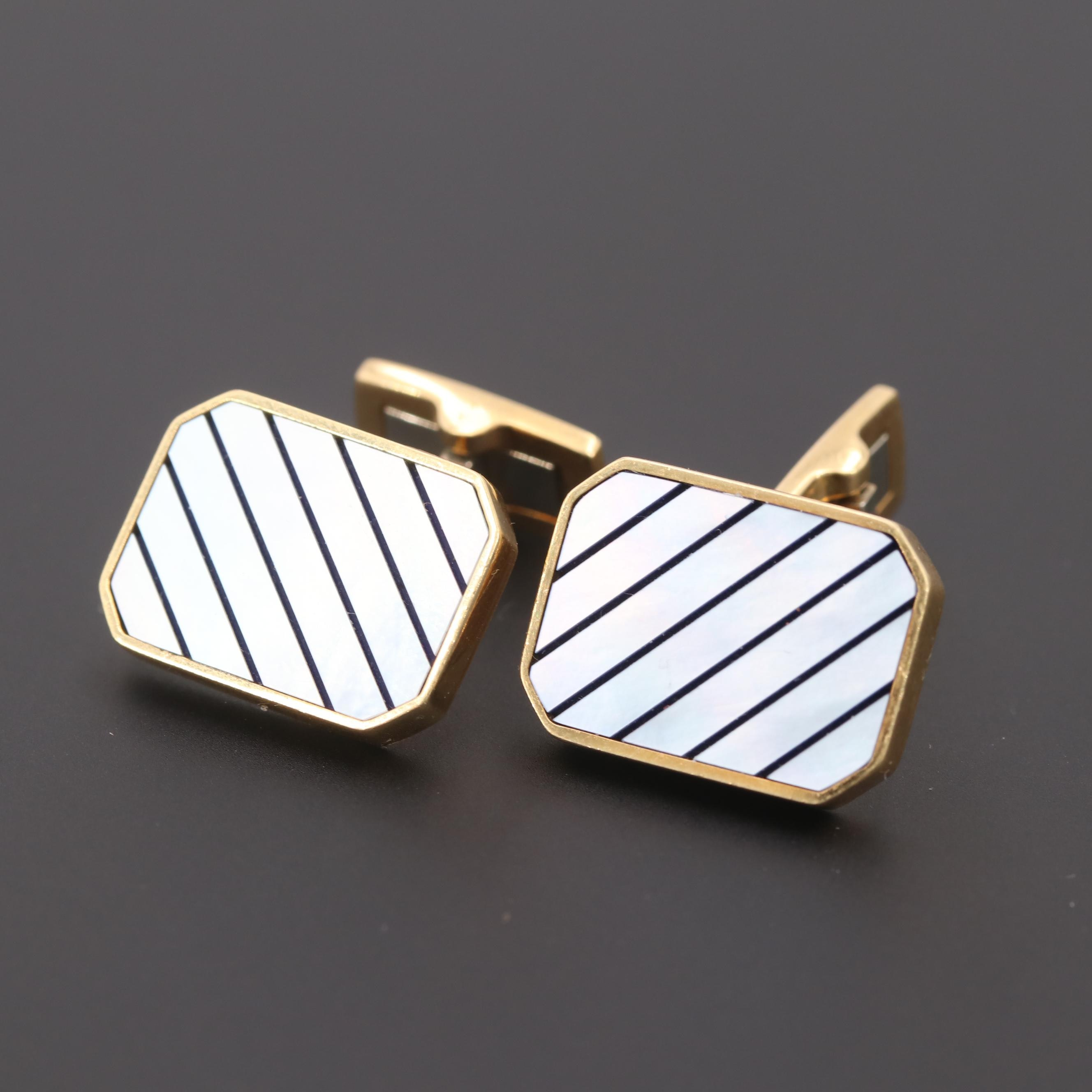 Vintage 18K Yellow Gold Mother of Pearl Cufflinks
