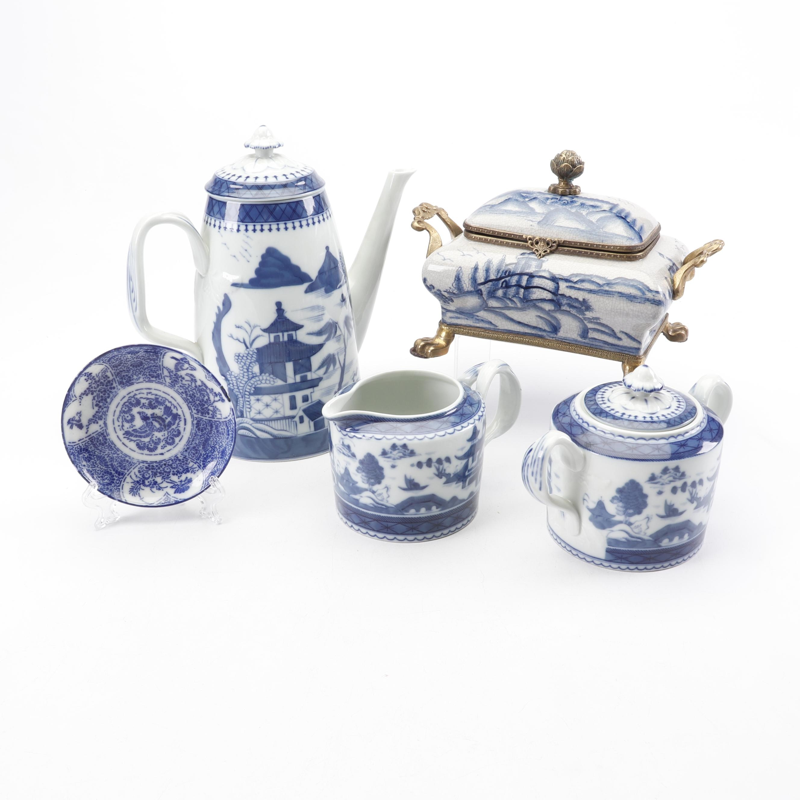 Dominic Porcelain Box with Vista Alegre Tea Set in the Chinoiserie Style