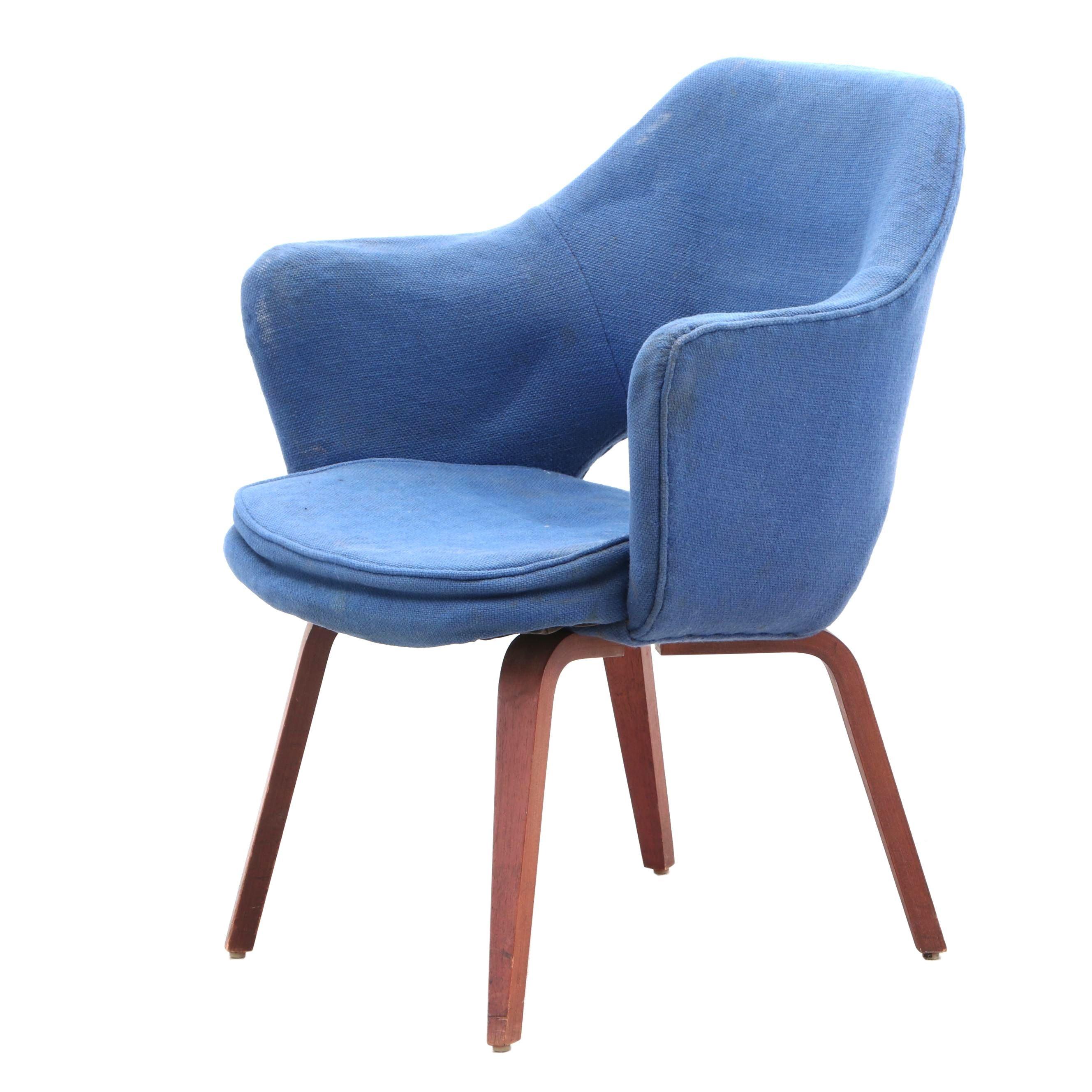 Eero Saarinen for Knoll Mid Century Modern Armchair