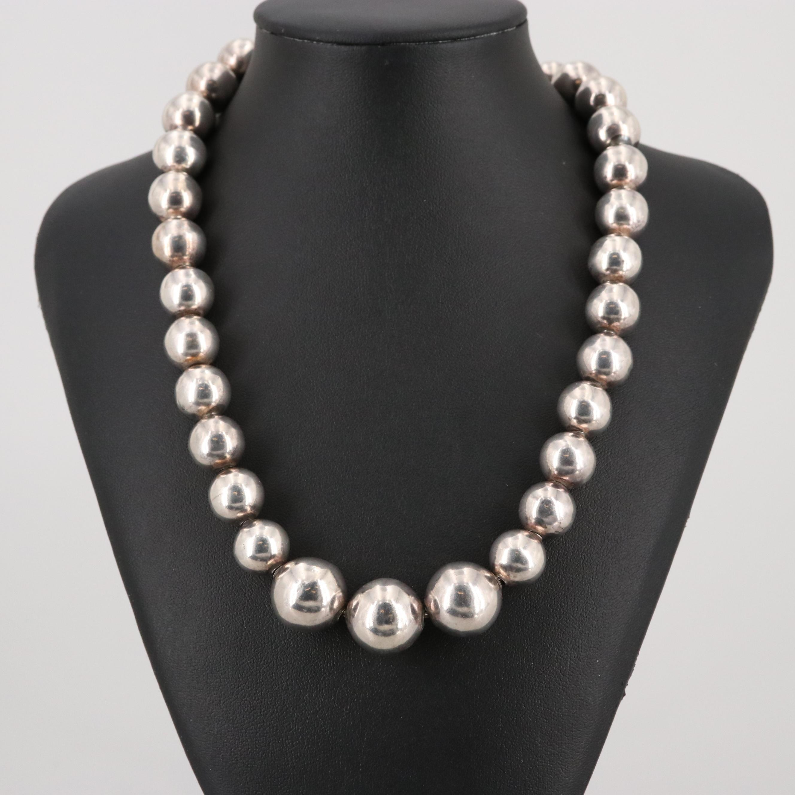 Taxco Mexico Sterling Silver Graduated Bead Necklace
