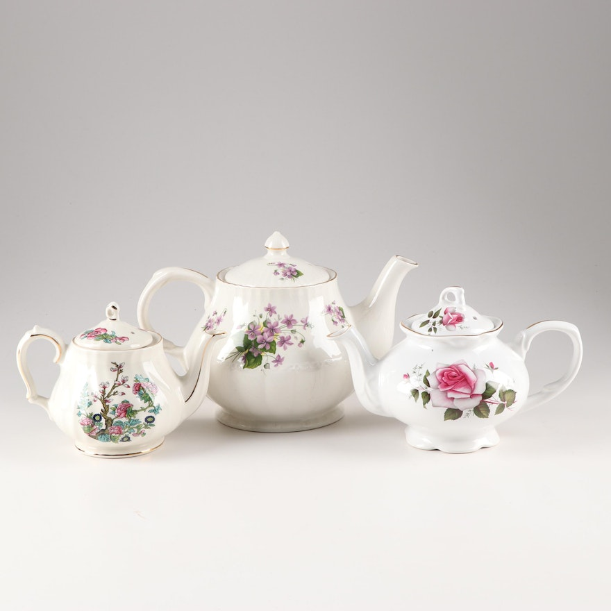 English Tea and Coffee Pots Featuring Sadler and Royal Parks