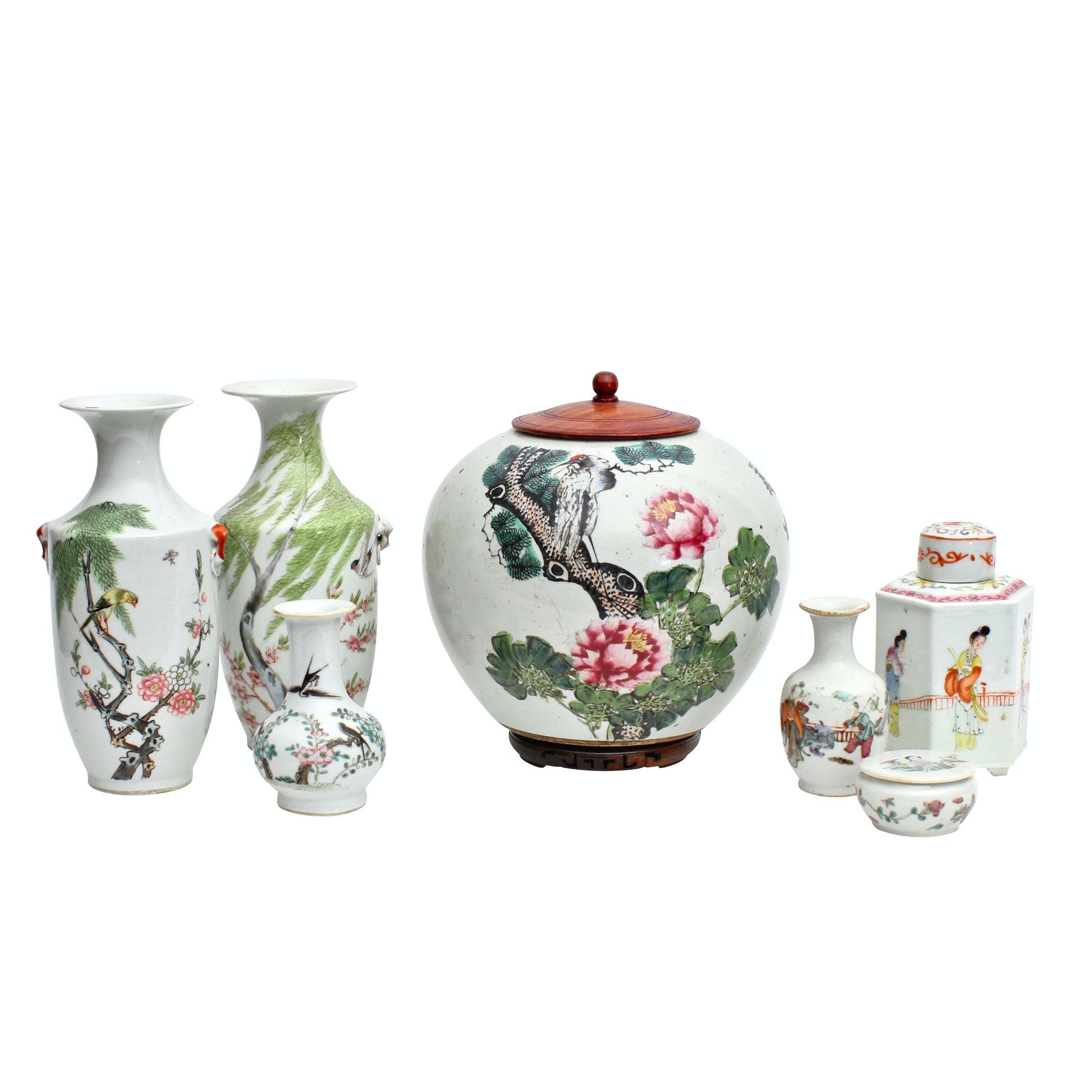 Chinese Porcelain Vases, Urns and Tableware, Republic Period