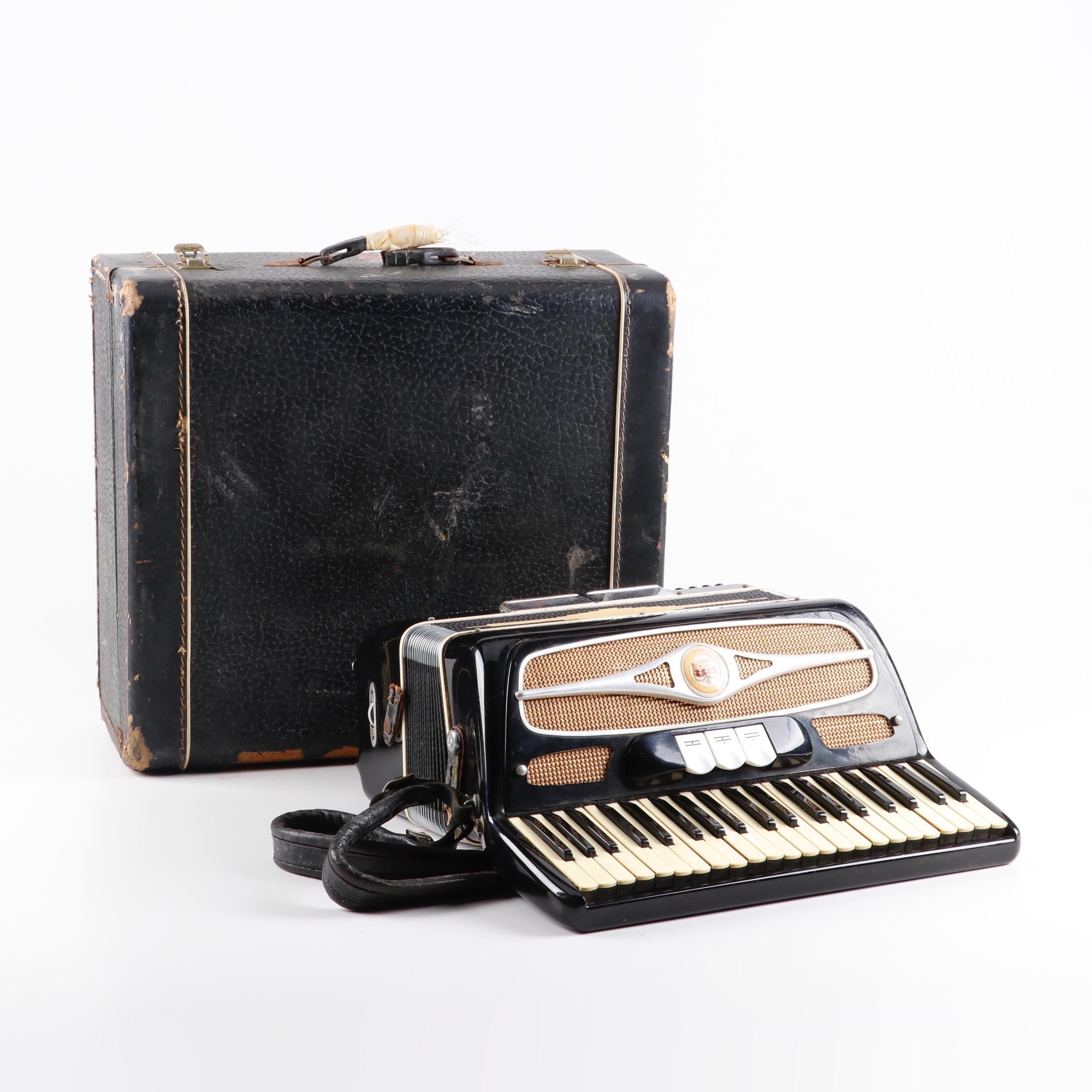 Vintage Davinci Piano Accordian