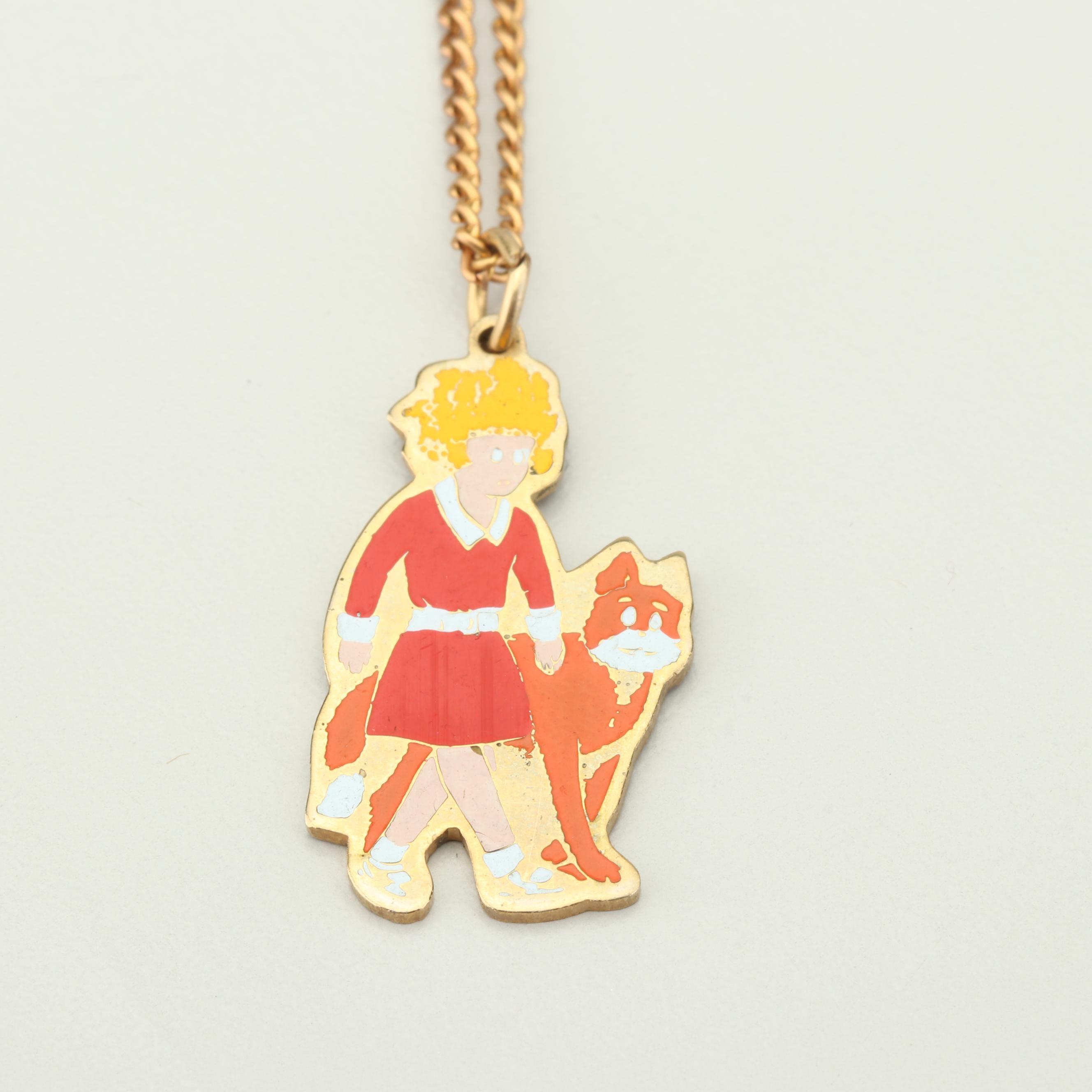 Vintage Gold Tone Orphan Annie Pendant Necklace