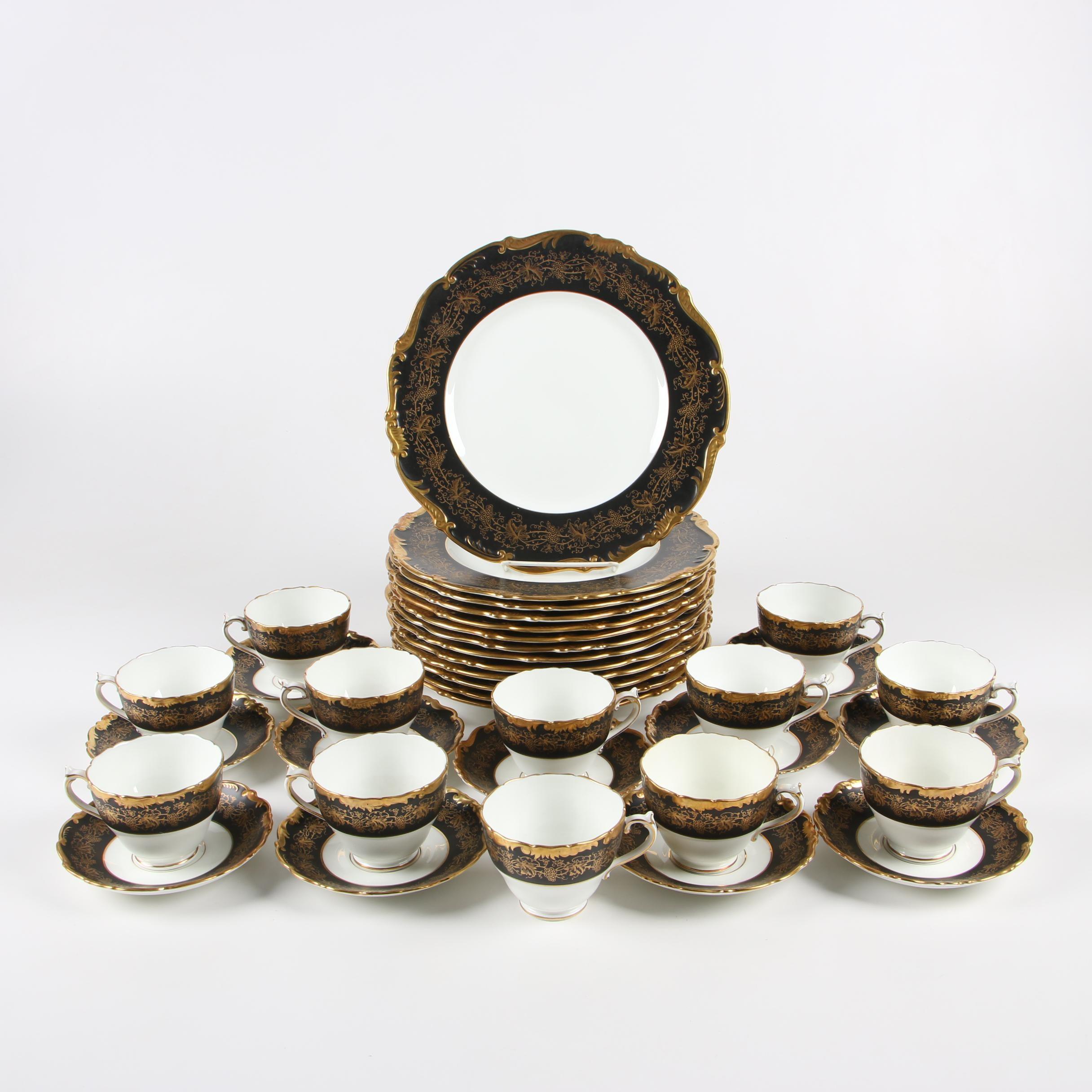 "Coalport ""Hazelton Black"" Bone China Dinnerware Pieces, 1970s"