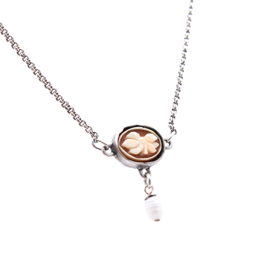 Sterling Silver Shell Cameo and Imitation Pearl Captive Pendant Necklace