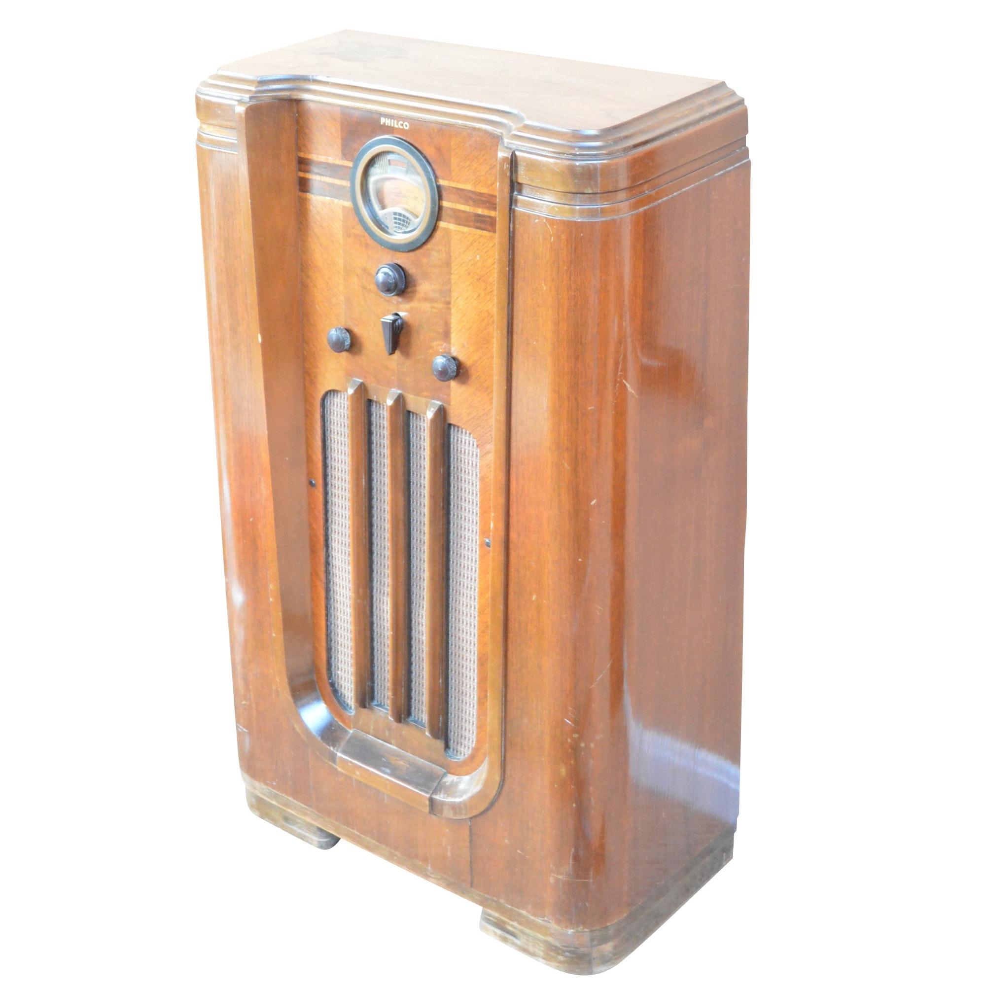 1930s Philco Model 37-630 Floor Radio