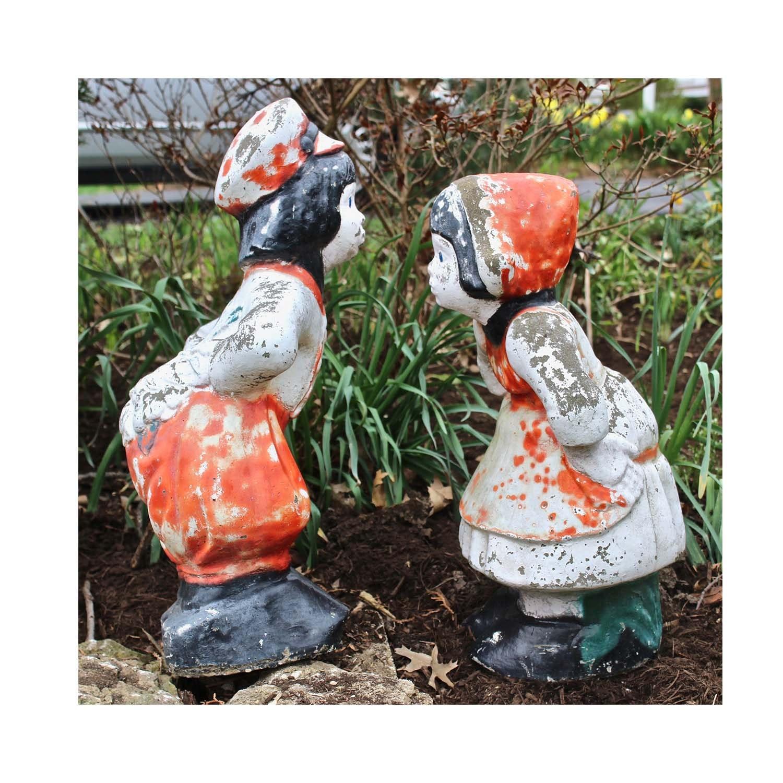 Concrete Kissing Dutch Couple Garden Sculptures