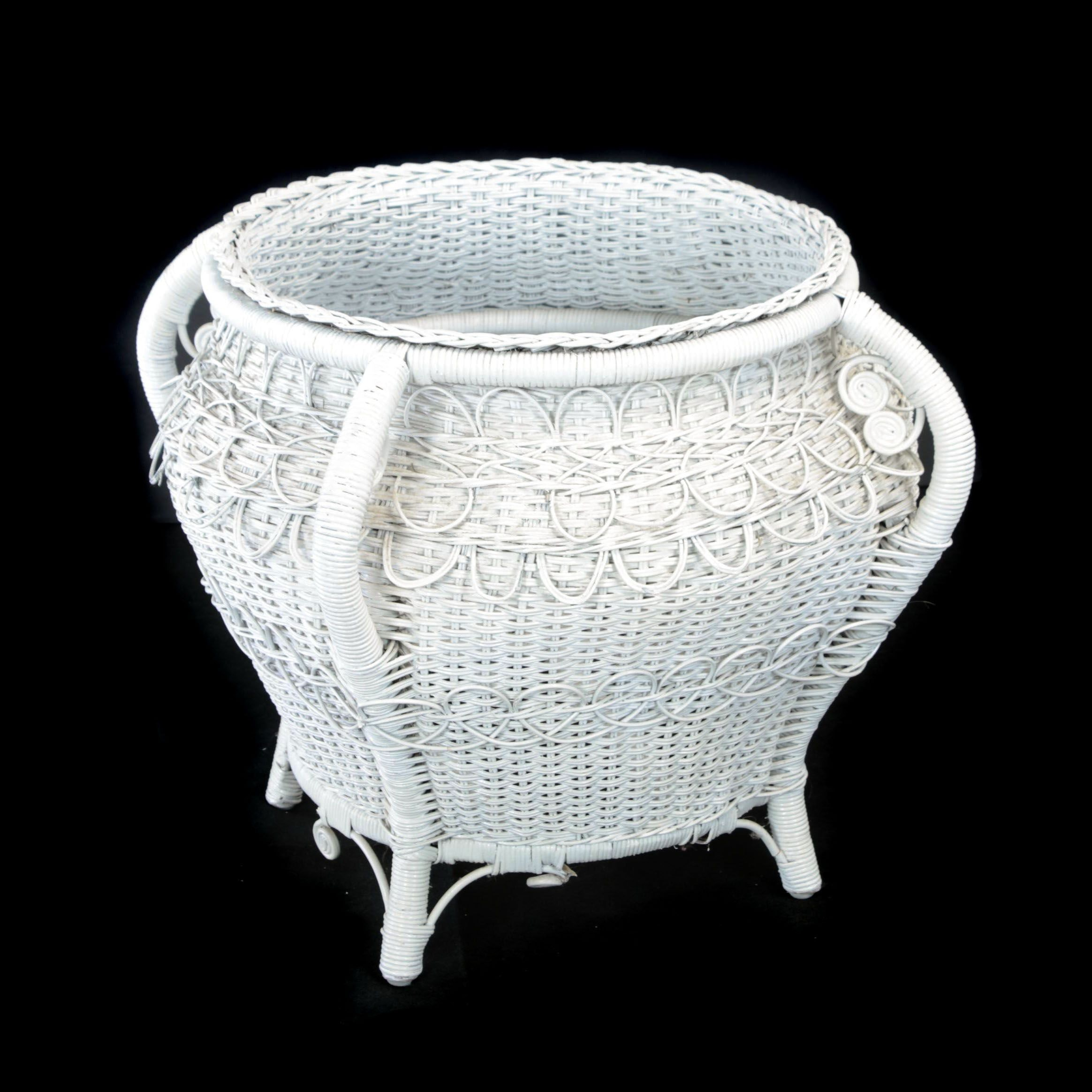 Late Victorian White Wicker Planter, Late 19th/Early 20th Century
