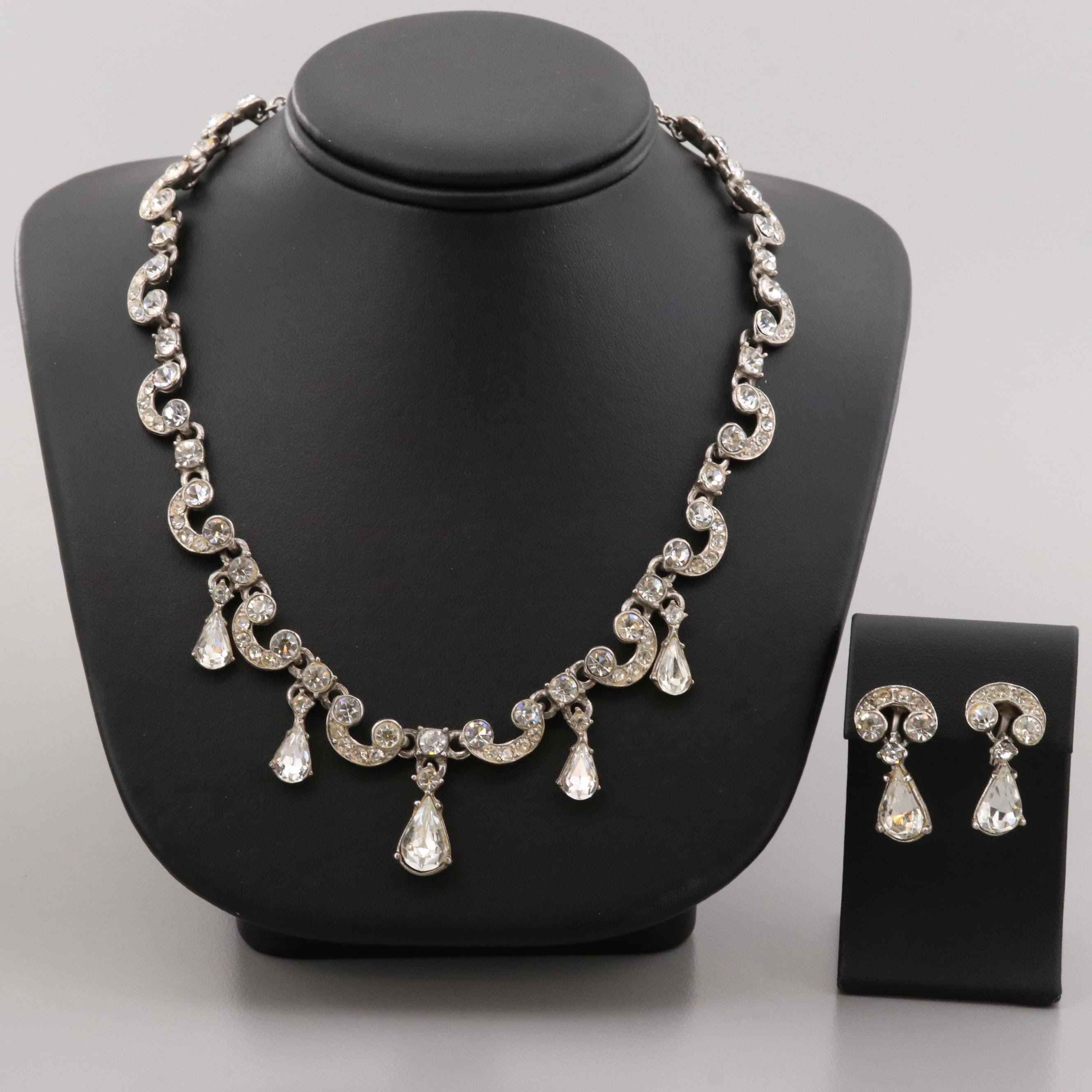 Silver Tone Foilback Glass Necklace and Earring Set