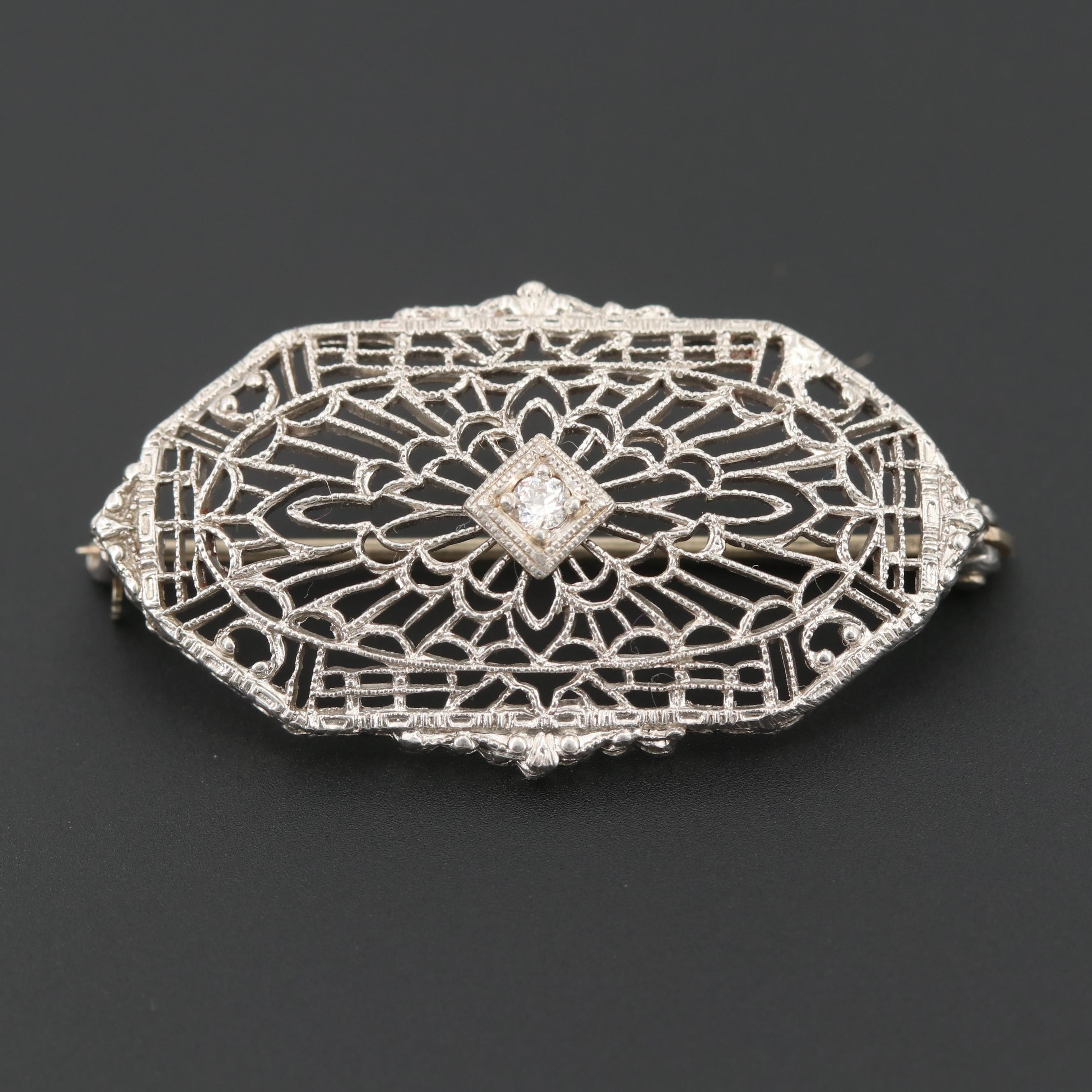 1930s Platinum Diamond Openwork Brooch