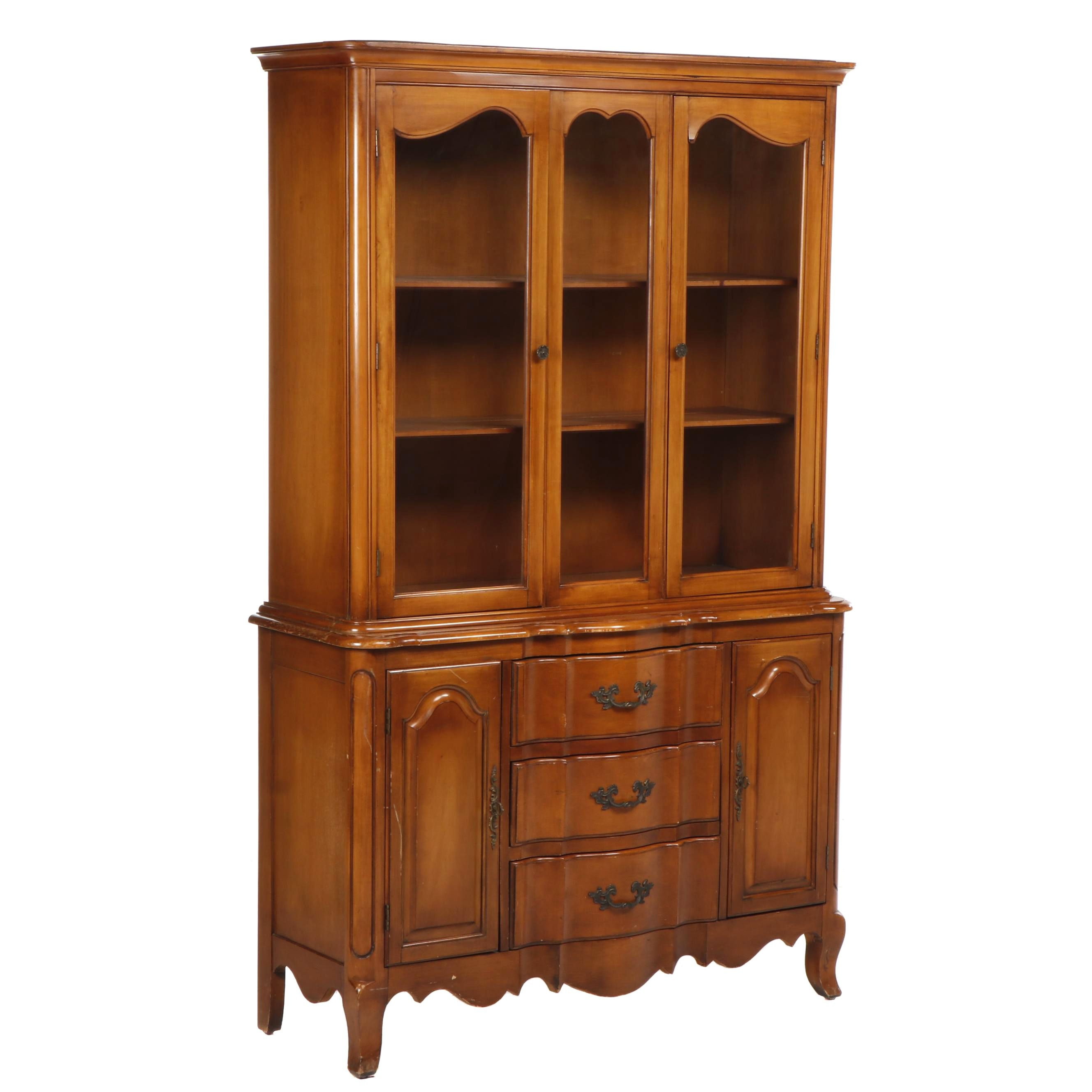 Bernhardt Chippendale Style Maple China Cabinet