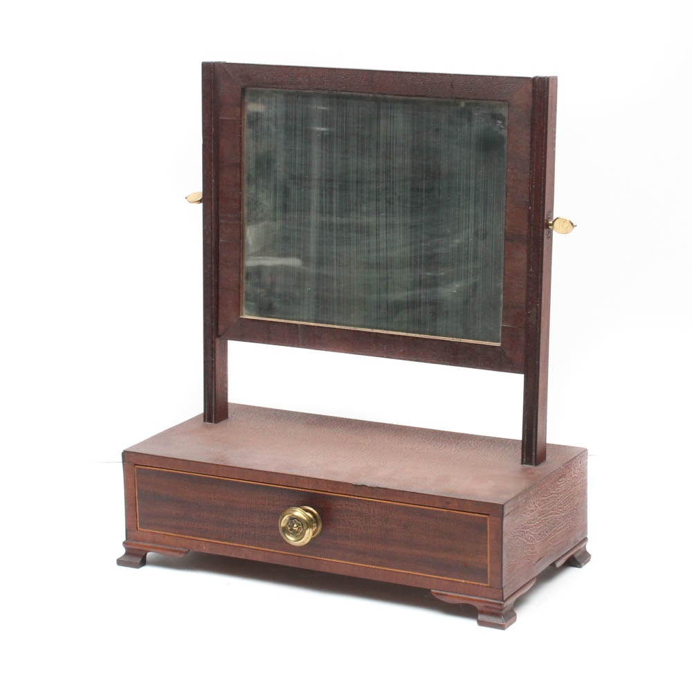 Early 19th Century Hepplewhite Shaving Mirror with Inlaid Drawer and Brass