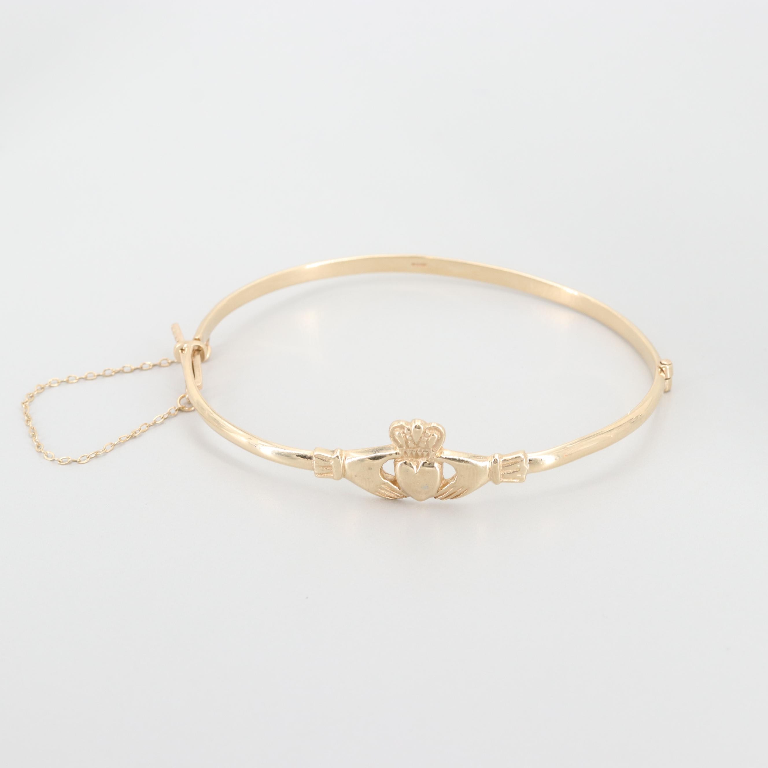 9K Yellow Gold Claddagh Bangle Bracelet