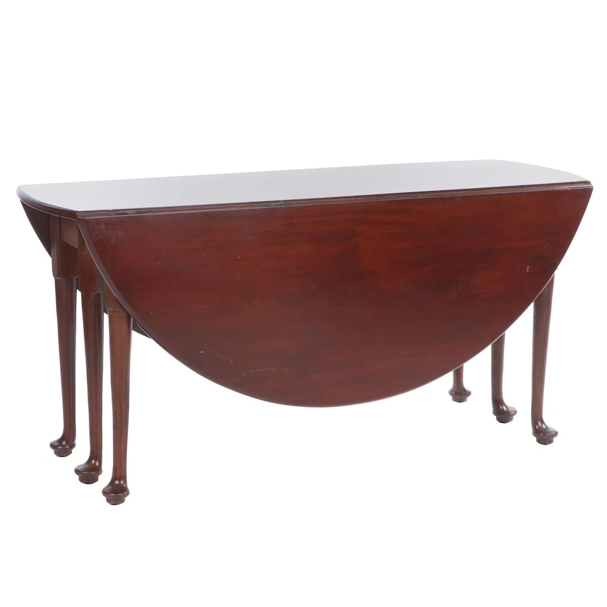 Queen Anne Style Mahogany Drop Leaf Breakfast Table, Early to Mid 20th Century