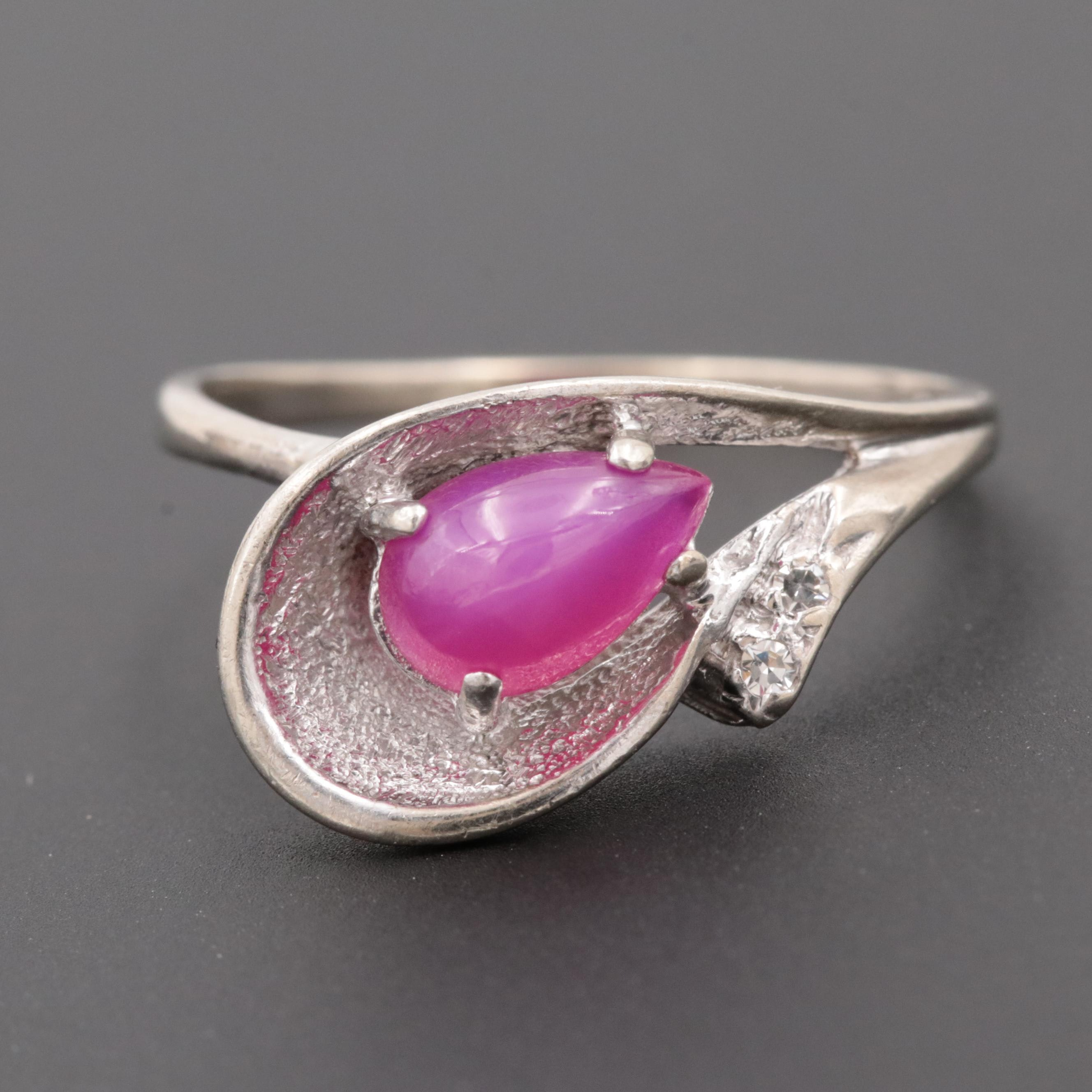 Circa 1955 10K White Gold Synthetic Star Ruby and Diamond Ring