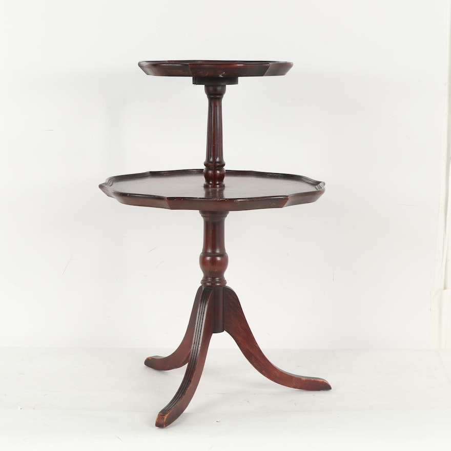 Federal Style Two-Tiered Mahogany Pie Crust Accent Table, Early 20th Century