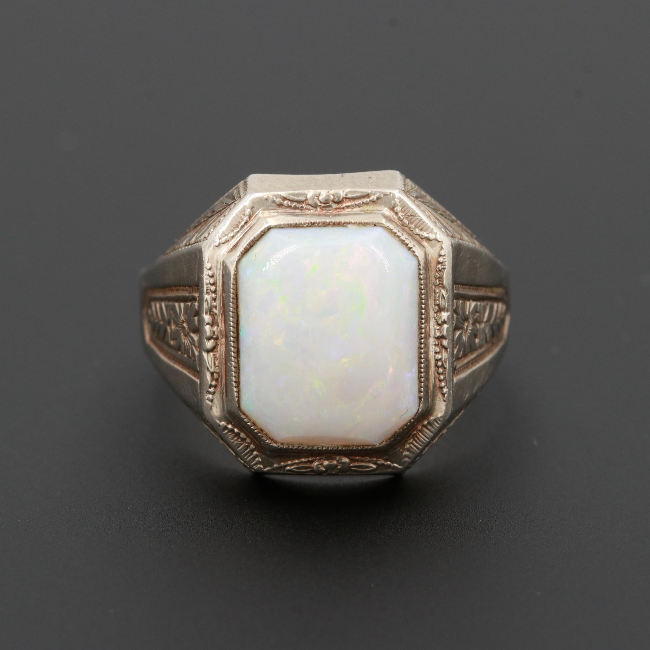 Vintage 10K White Gold Opal Ring