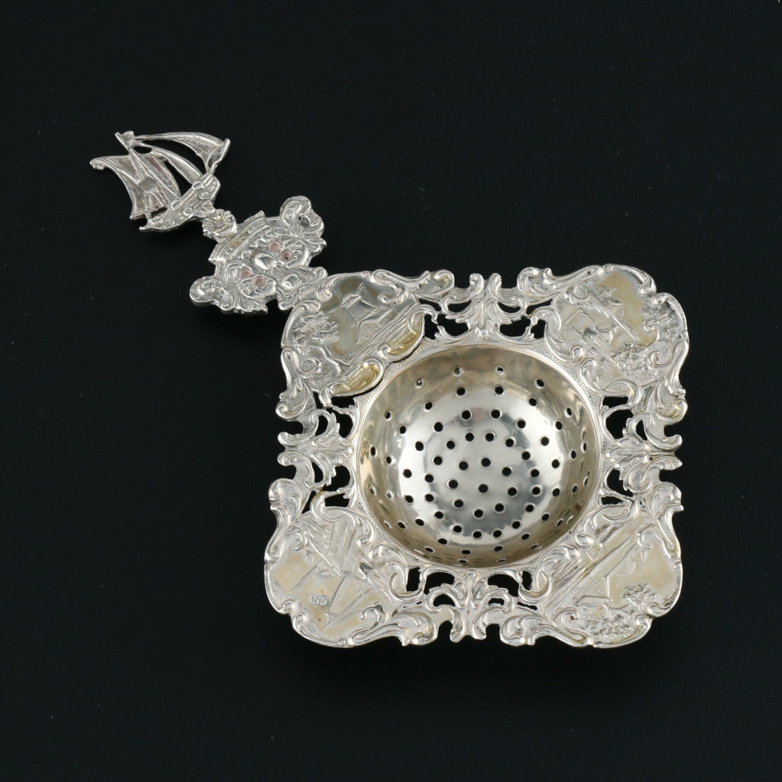 900 Silver Dutch Tea Strainer