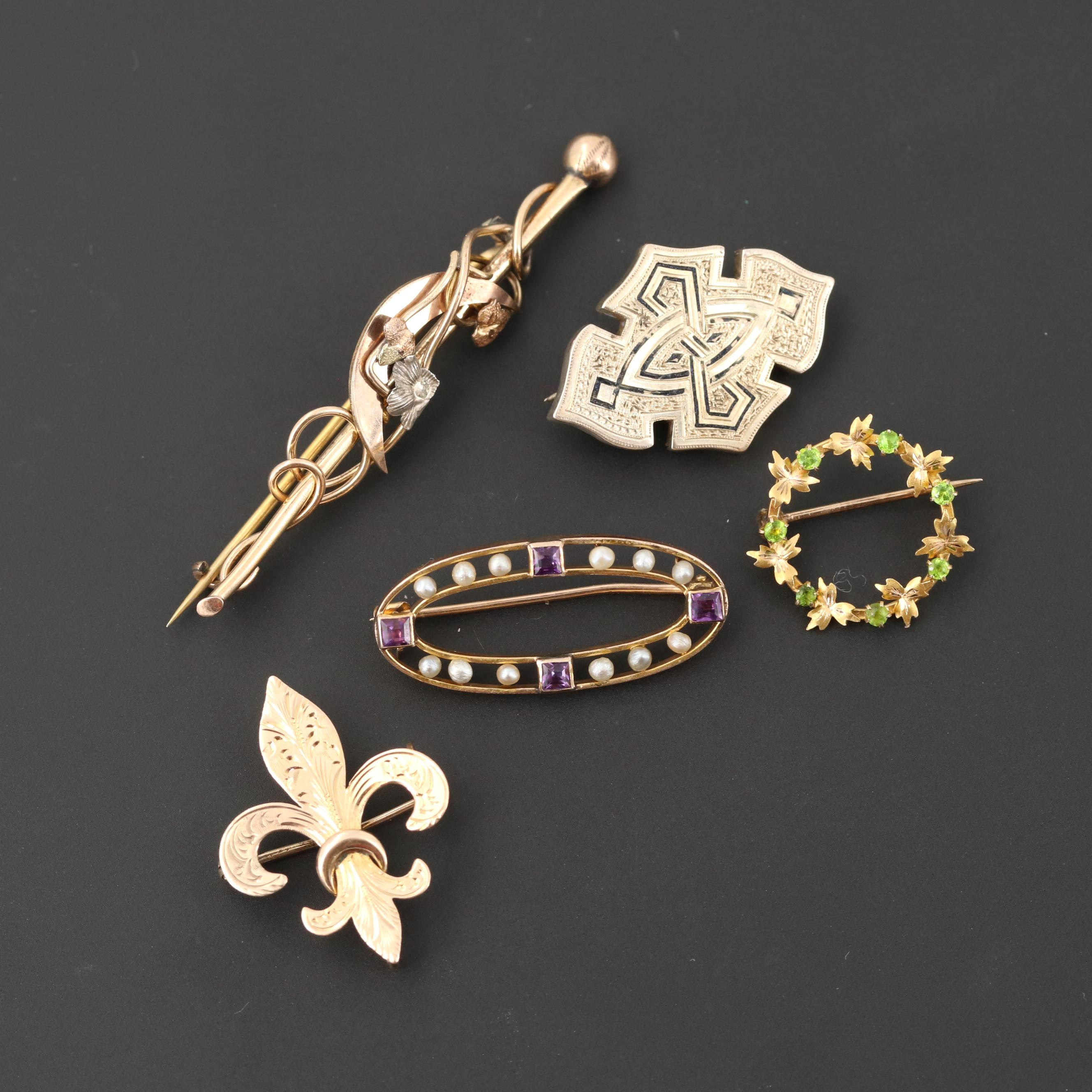 Antique 10K Yellow Gold and Gold Tone Brooches Featuring Fleur de lis