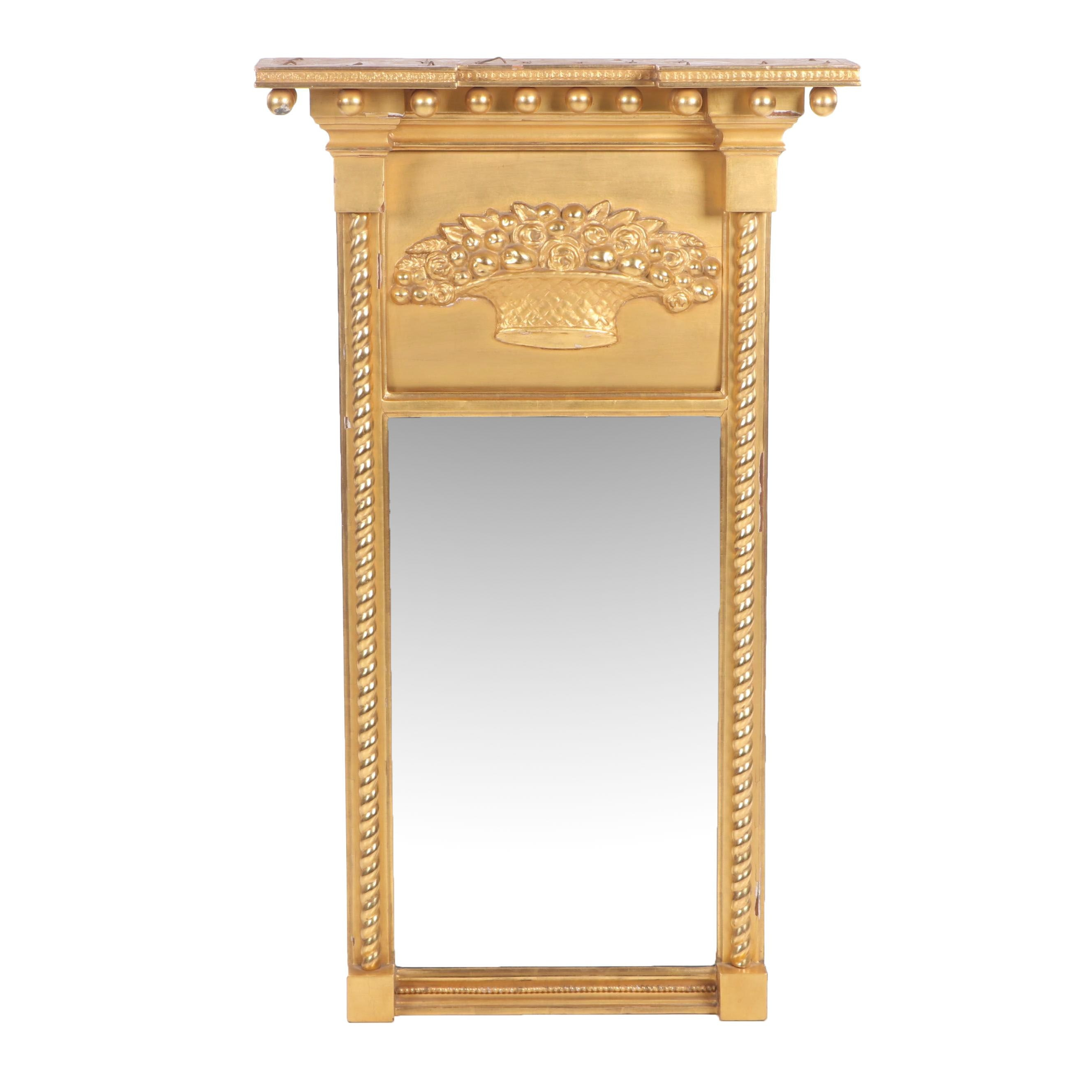 Federal Gilt Tabernacle Mirror, Massachusetts, Early 19th Century