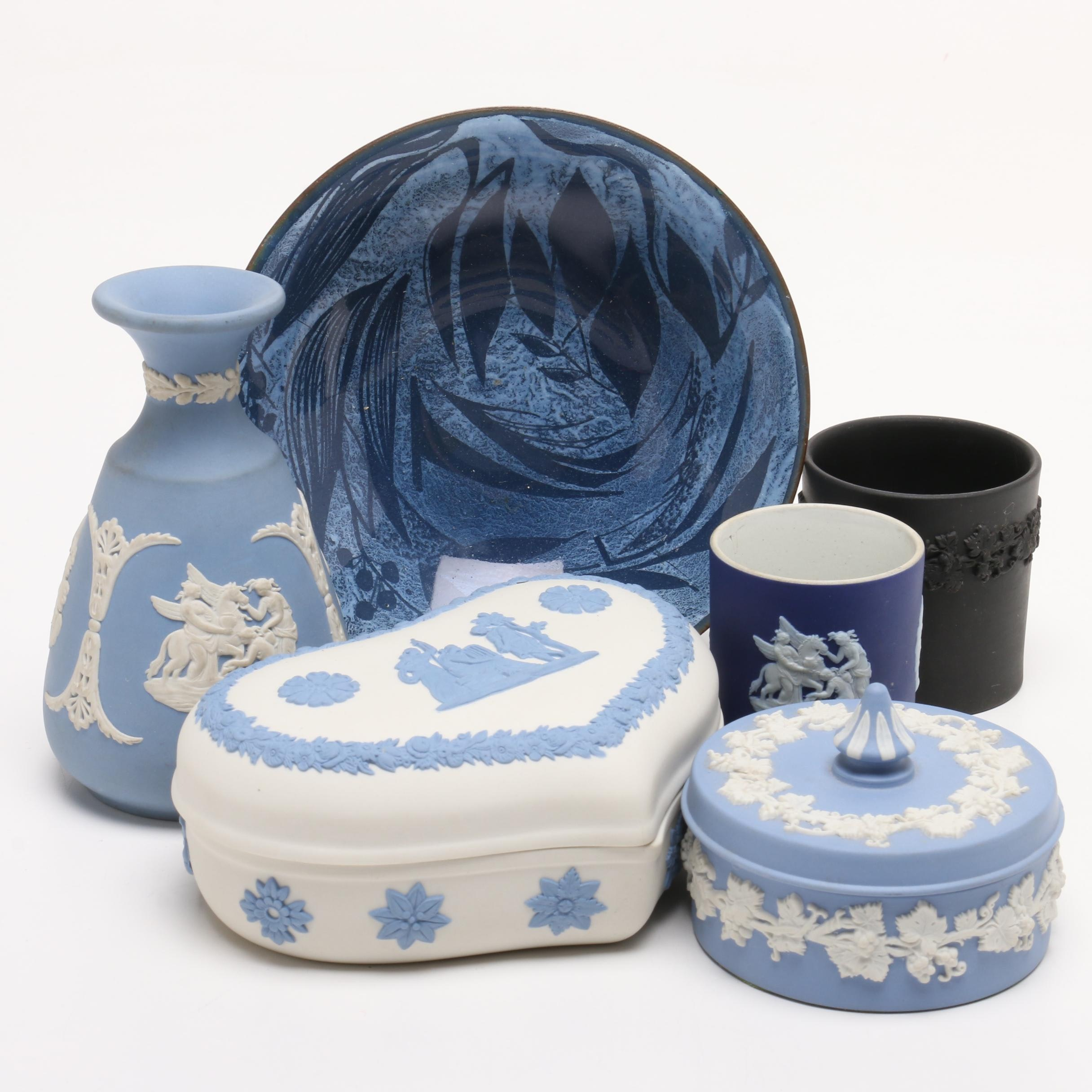 Group of Wedgwood and Other Ceramic Decor