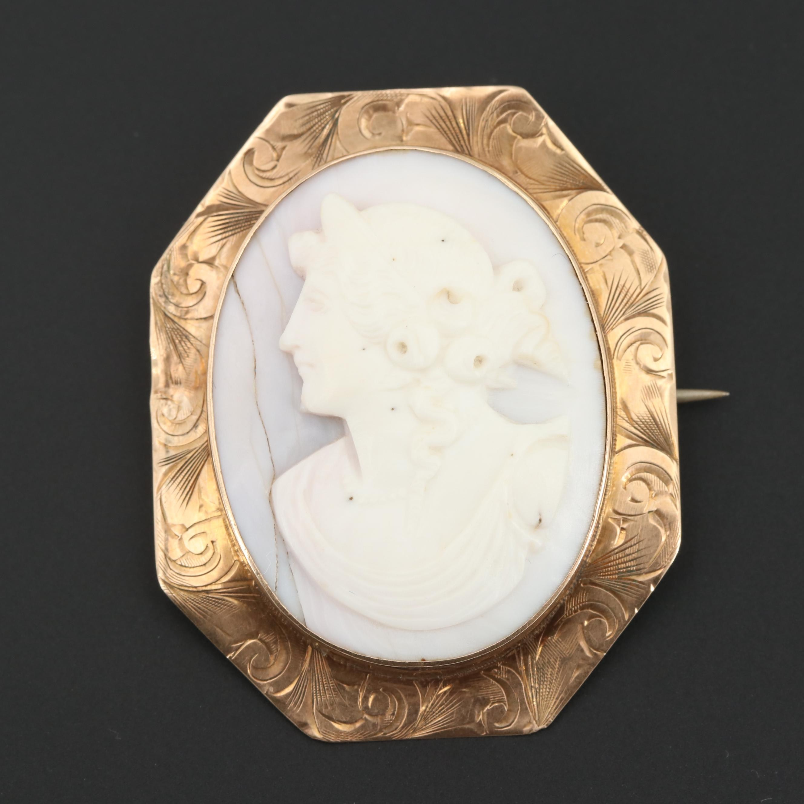 Circa 1930 10K Rose Gold Carved Conch Shell Cameo Converter Brooch