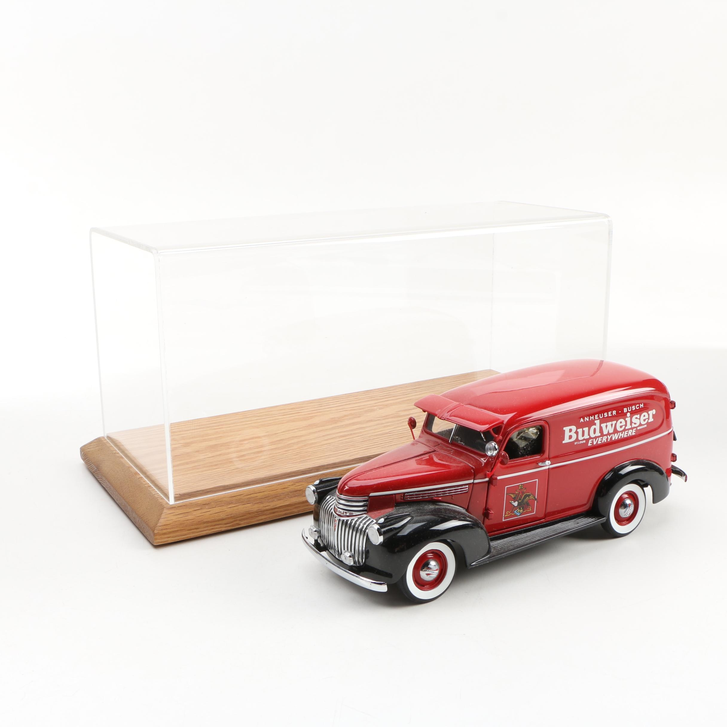 Danbury Mint Die-Cast 1941 Budweiser Delivery Truck with Display Case, 1999