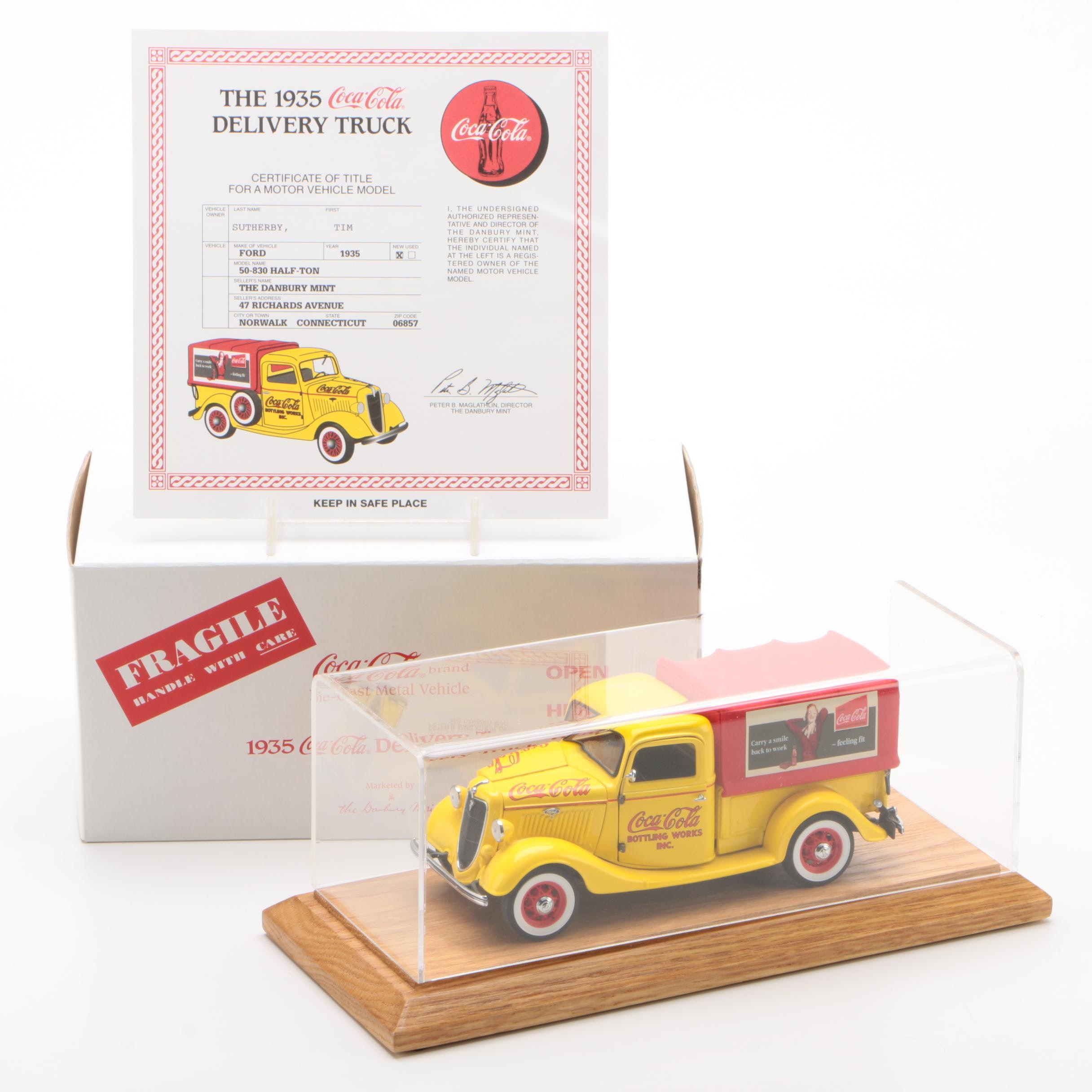 Danbury Mint Die-Cast 1935 Coca-Cola Delivery Truck with Display Case
