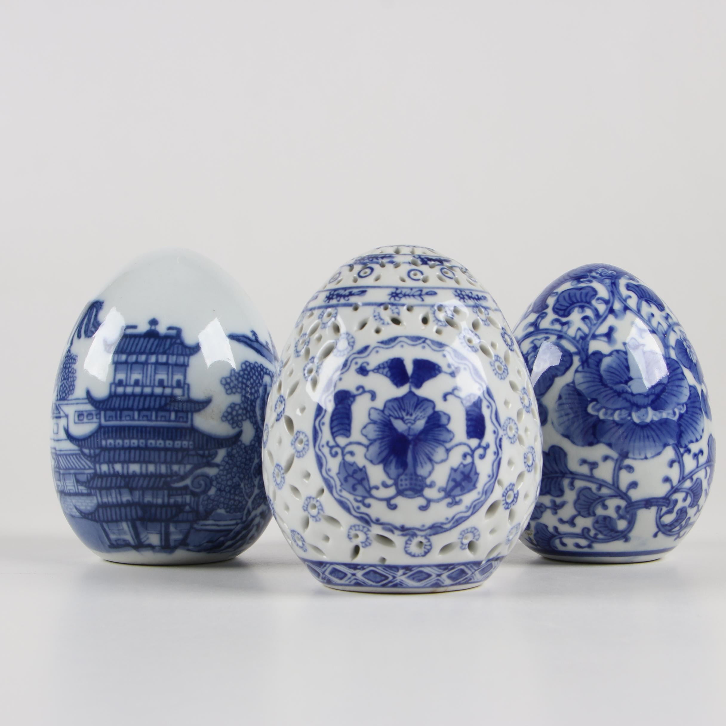 Chinese Blue on White Decorative Porcelain Eggs